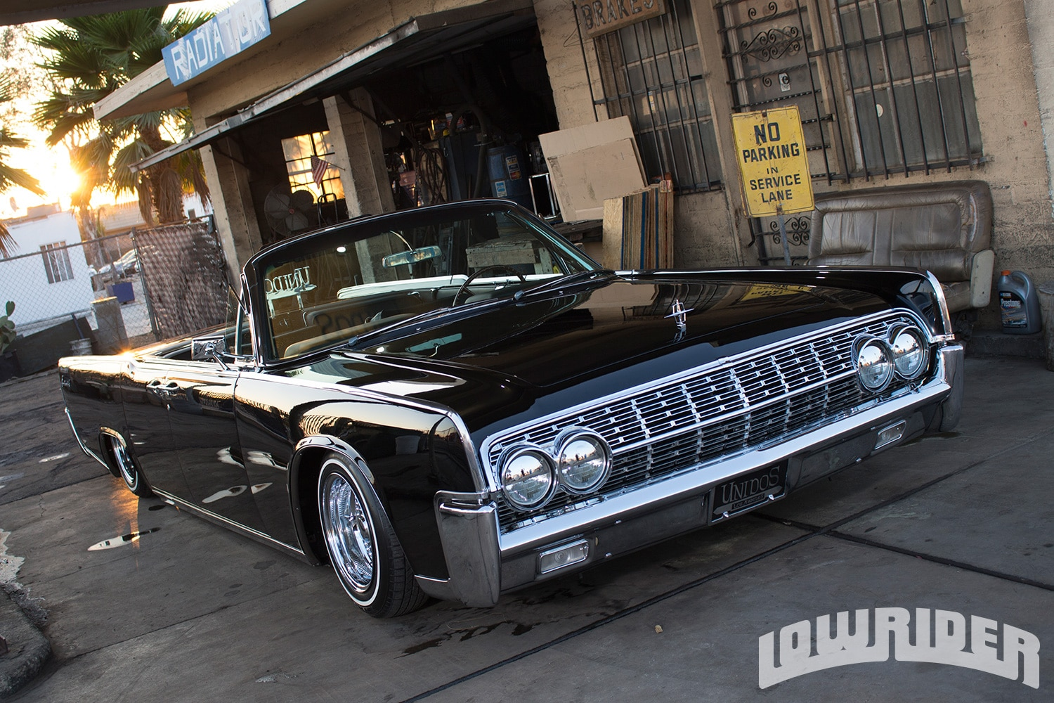 1962 Lincoln Continental Convertible Front Right Side View