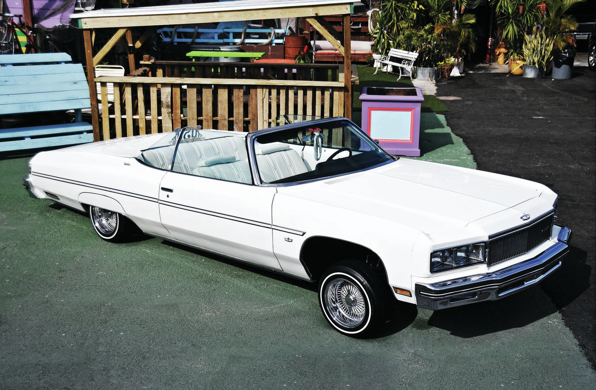 Lowrider Miami >> 1975 Chevrolet Caprice Classic - Great White '75