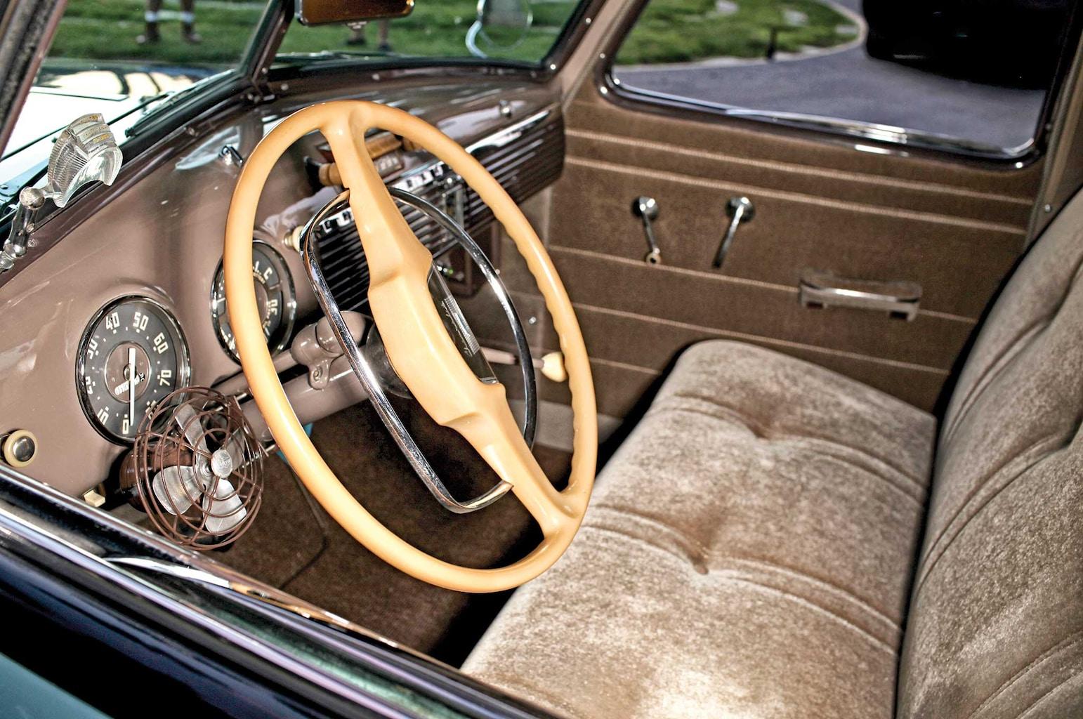 1949-chevrolet-pickup-stock-interior