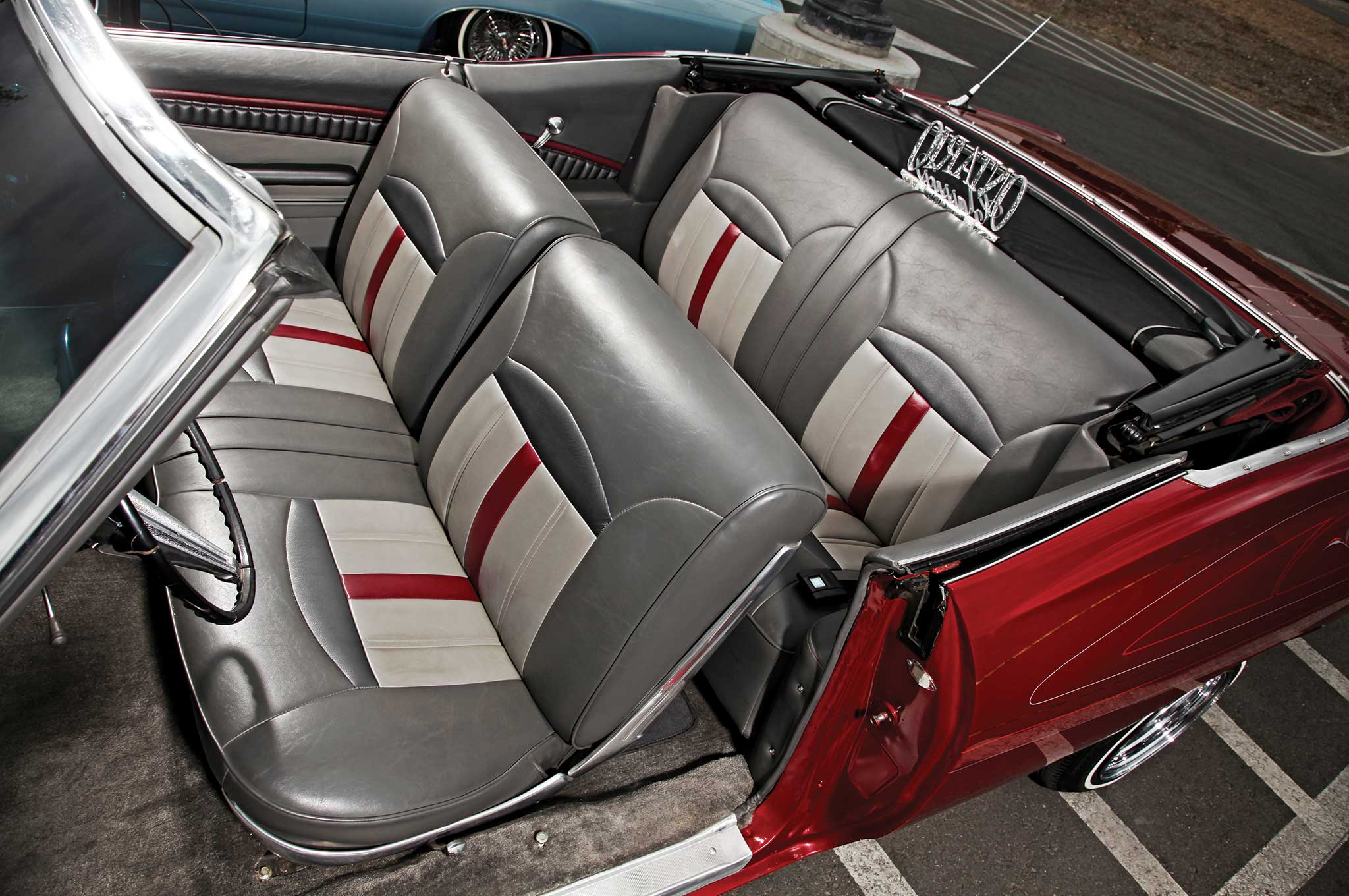 1968-chevrolet-impala-convertible-gray-and-charcoal-vinyl-interior