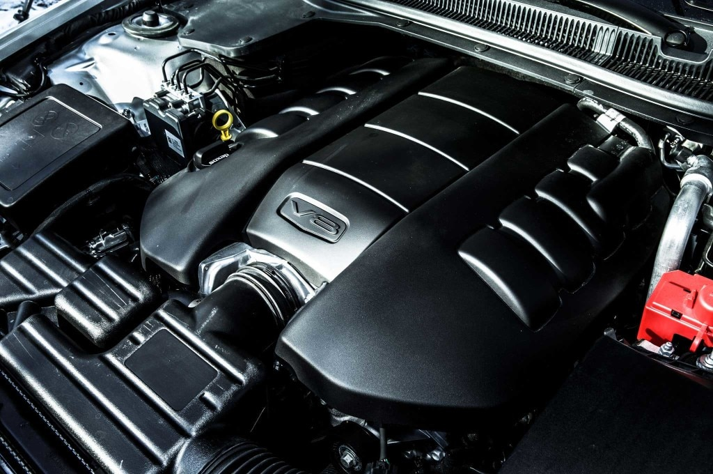 2015-chevrolet-ss-engine