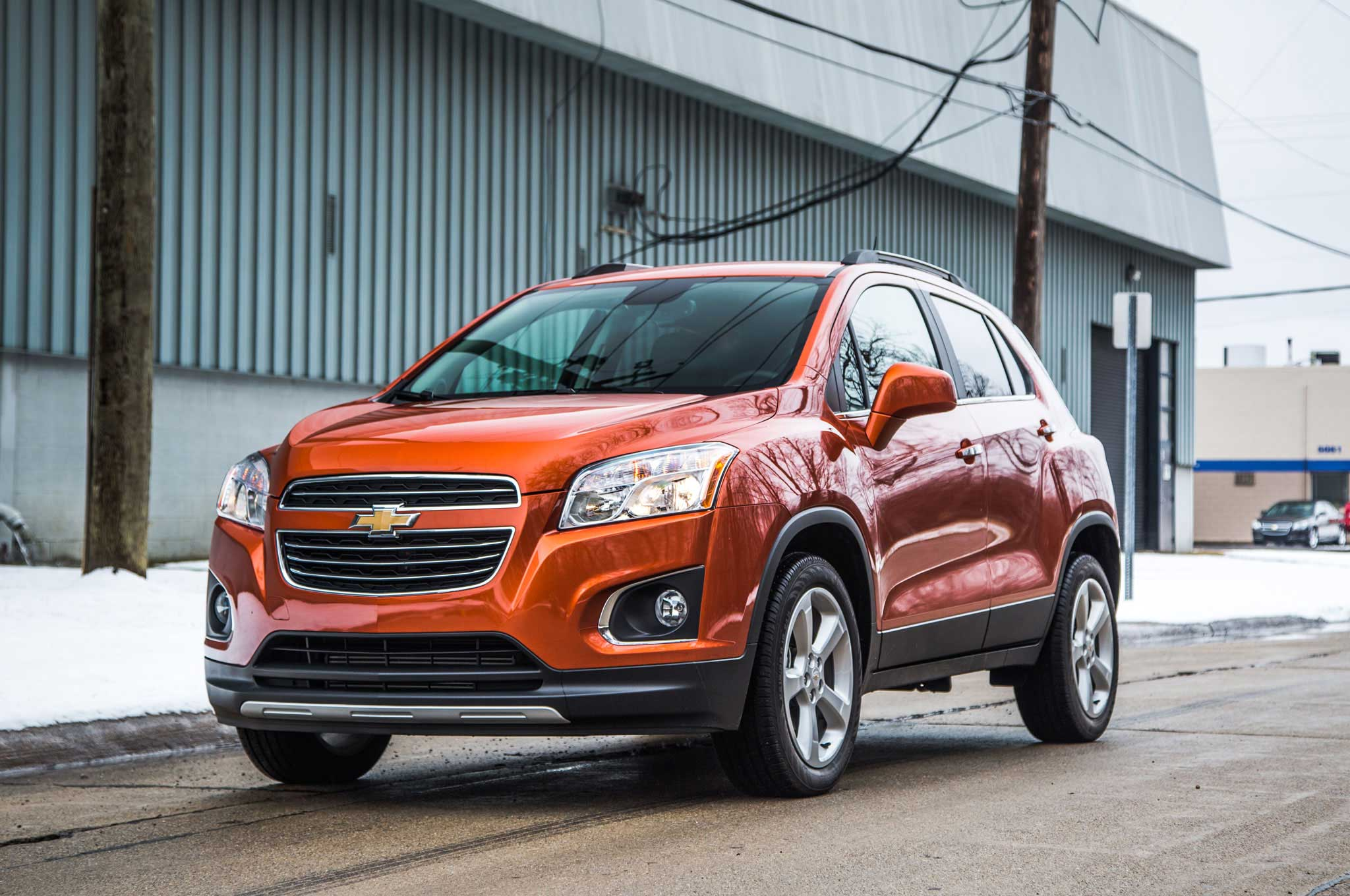 2015-chevrolet-trax-driver-side-front-view