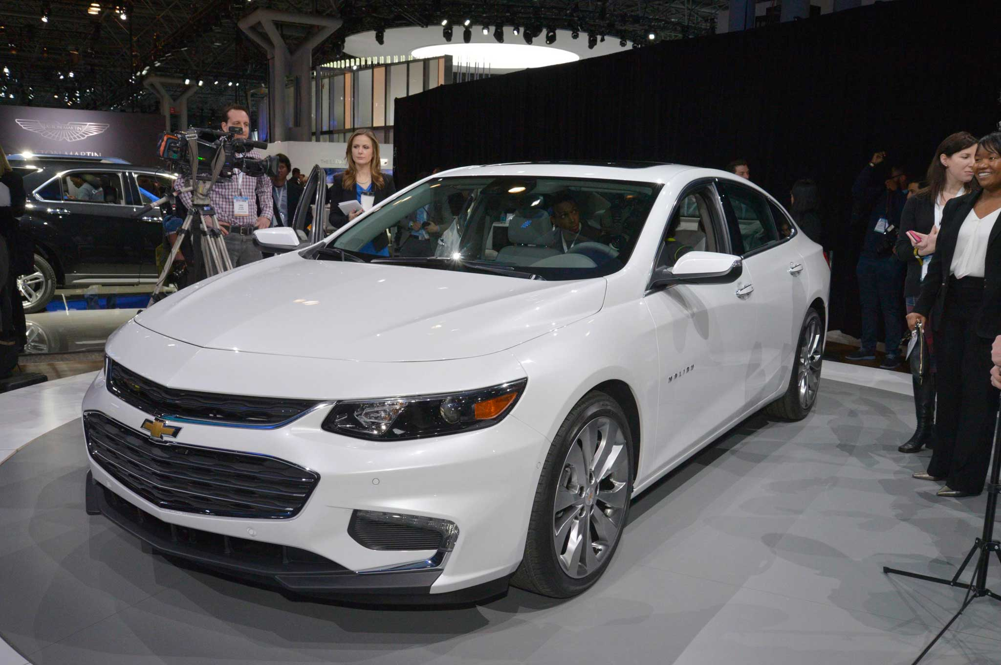 2016 chevrolet malibu review dippin 39 in the boo lowrider. Black Bedroom Furniture Sets. Home Design Ideas
