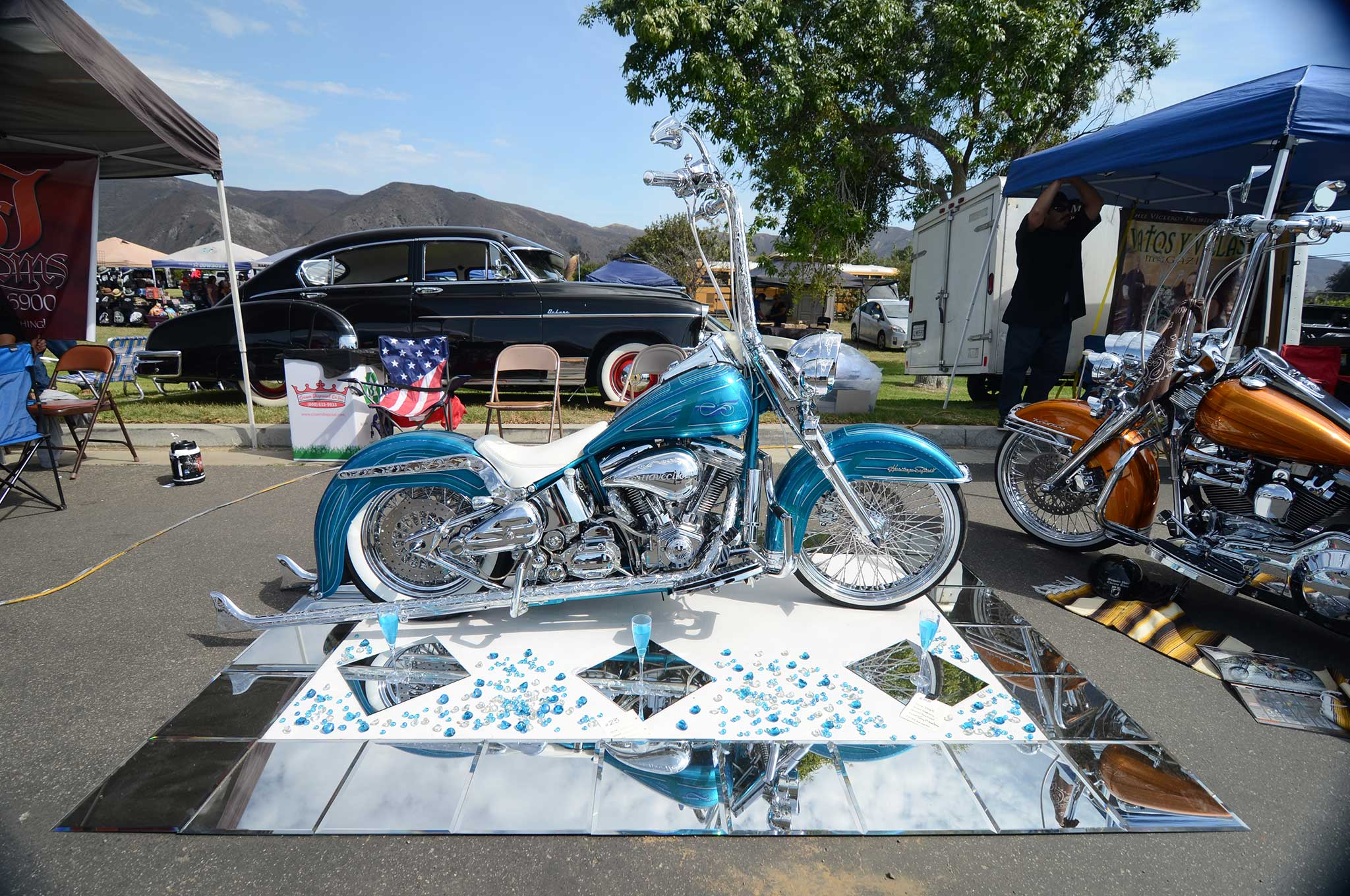 pachuco-car-motorcycle-show-and-concert-harley-davidson-heritage-softail