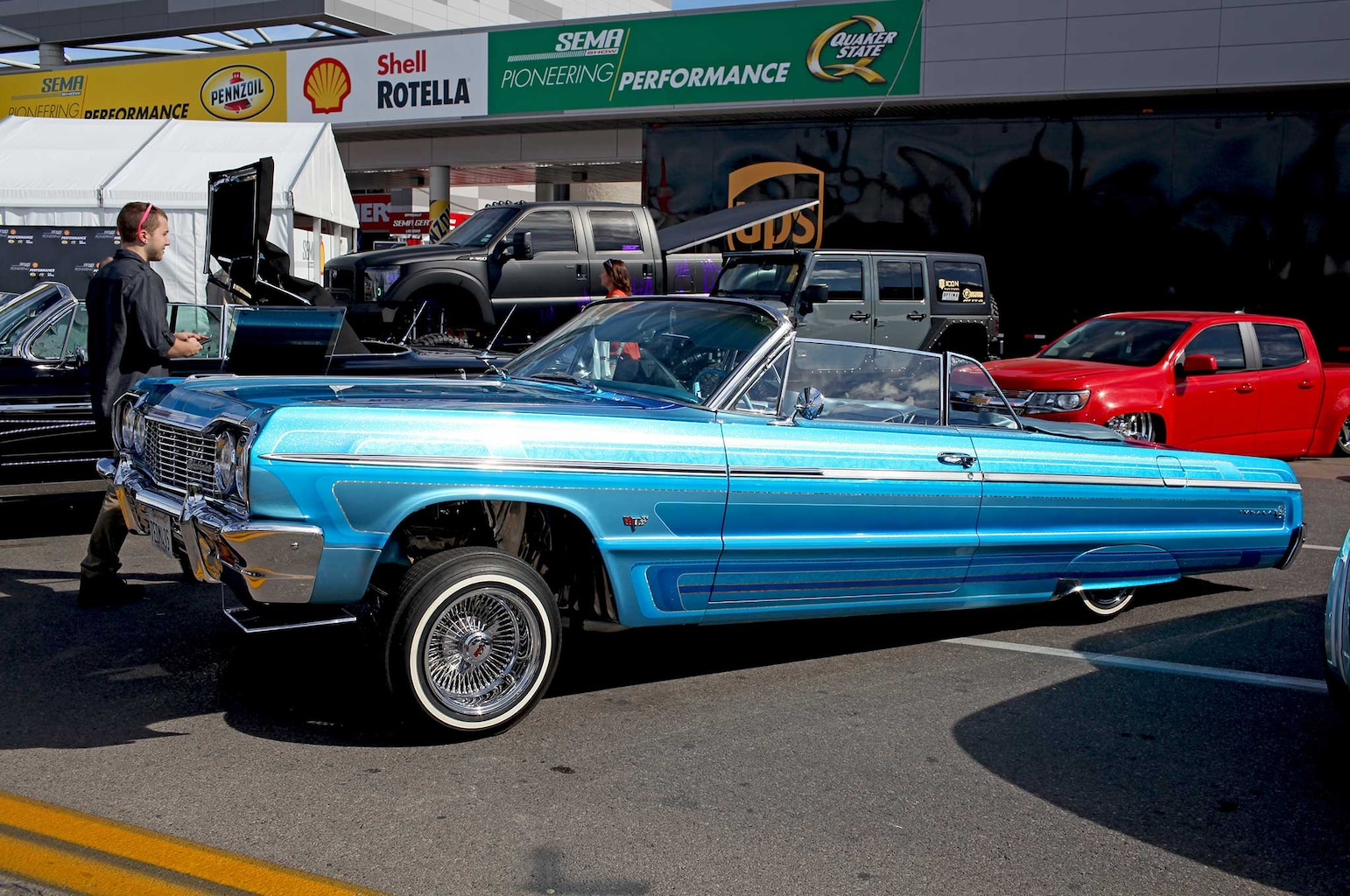 006 lowriders at sema 2015 luis lemus 1964 chevrolet impala convertible
