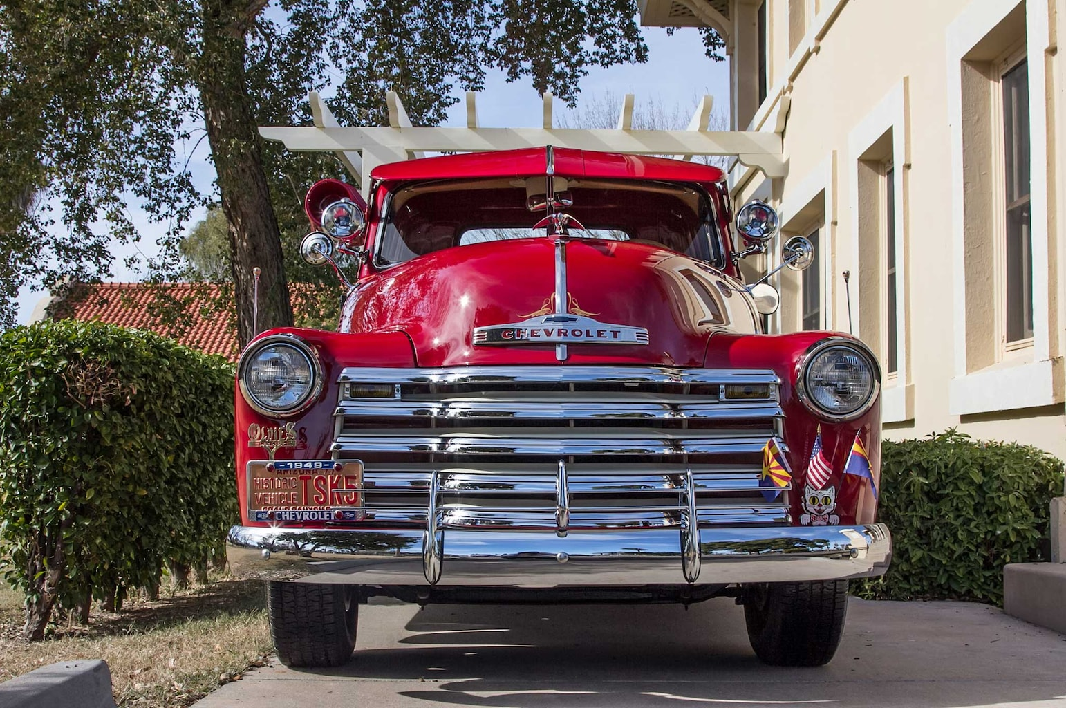 007 1949 chevy 3100 stake bed front grille