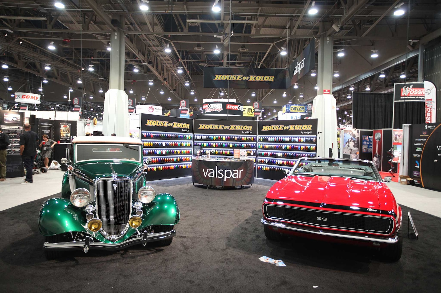 008 painters at sema 2015 house of kolor