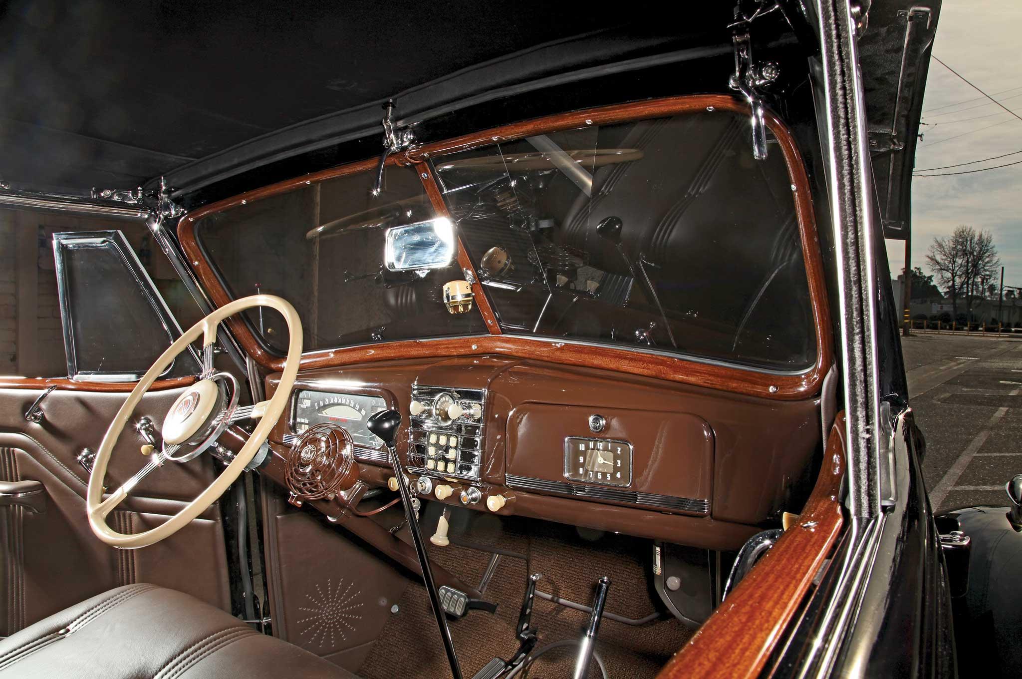 009 1938 chevrolet cabriolet windshield