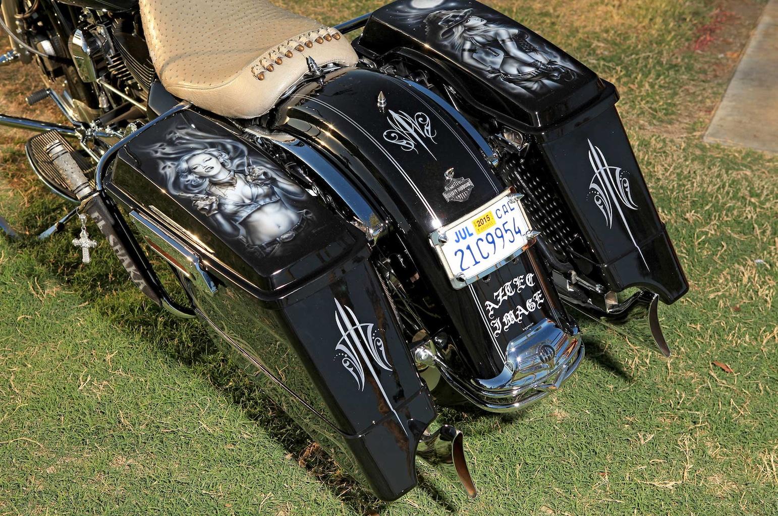 011 2012 harley davidson road king saddlebags