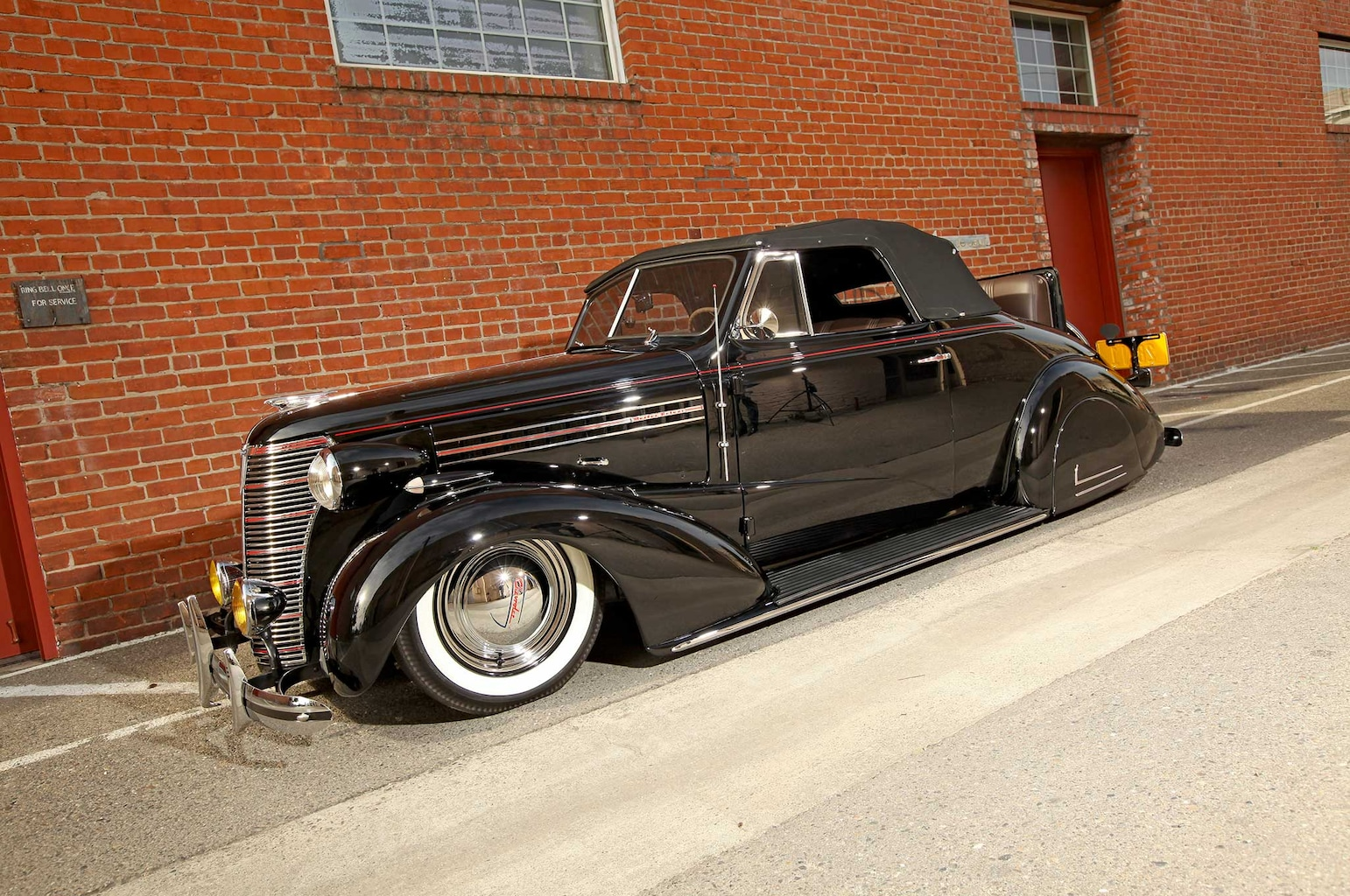 014 1938 chevrolet cabriolet driver side view