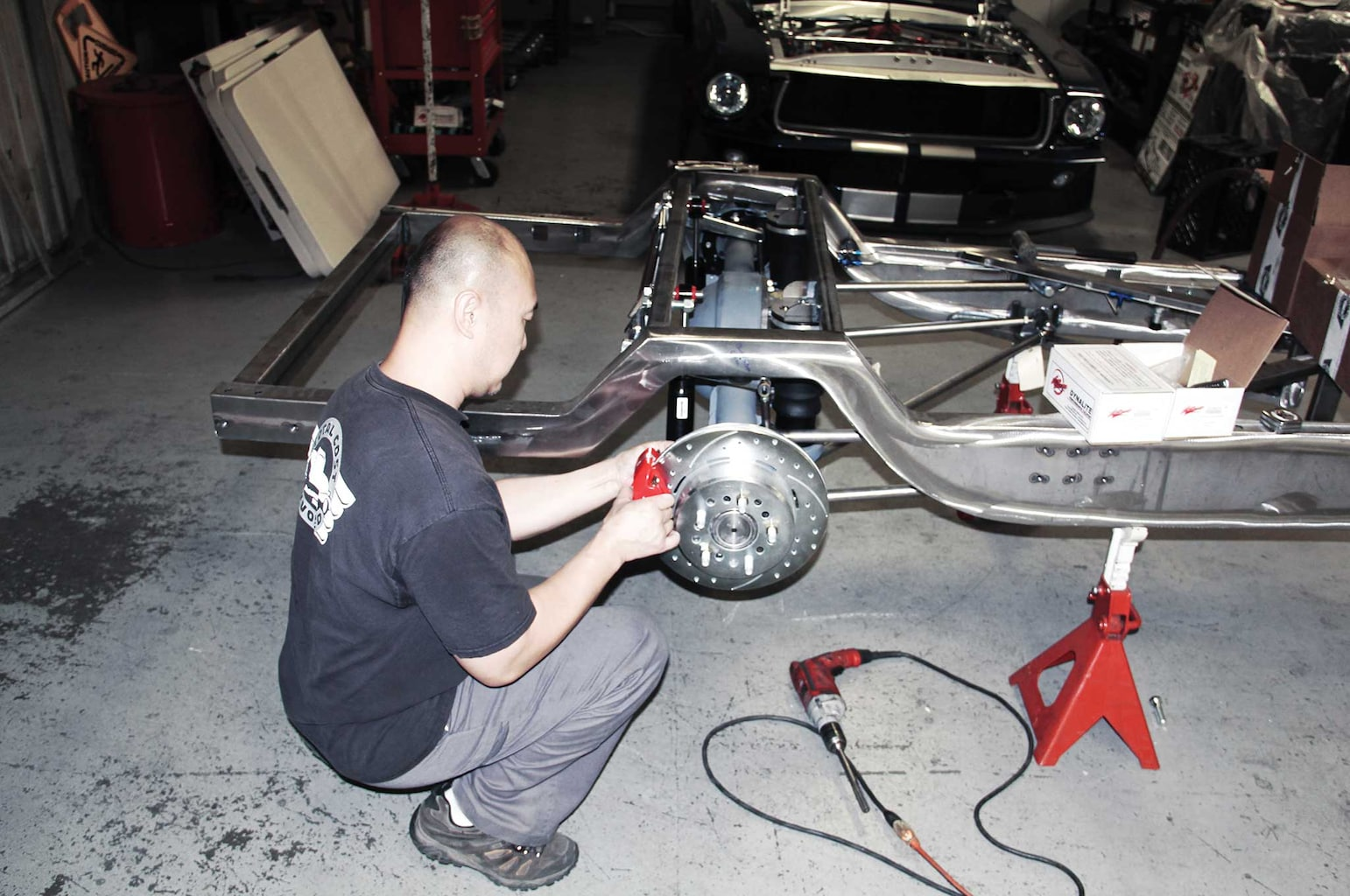 014 assembling a tci truck frame corvette style drum and disc brake assembly install
