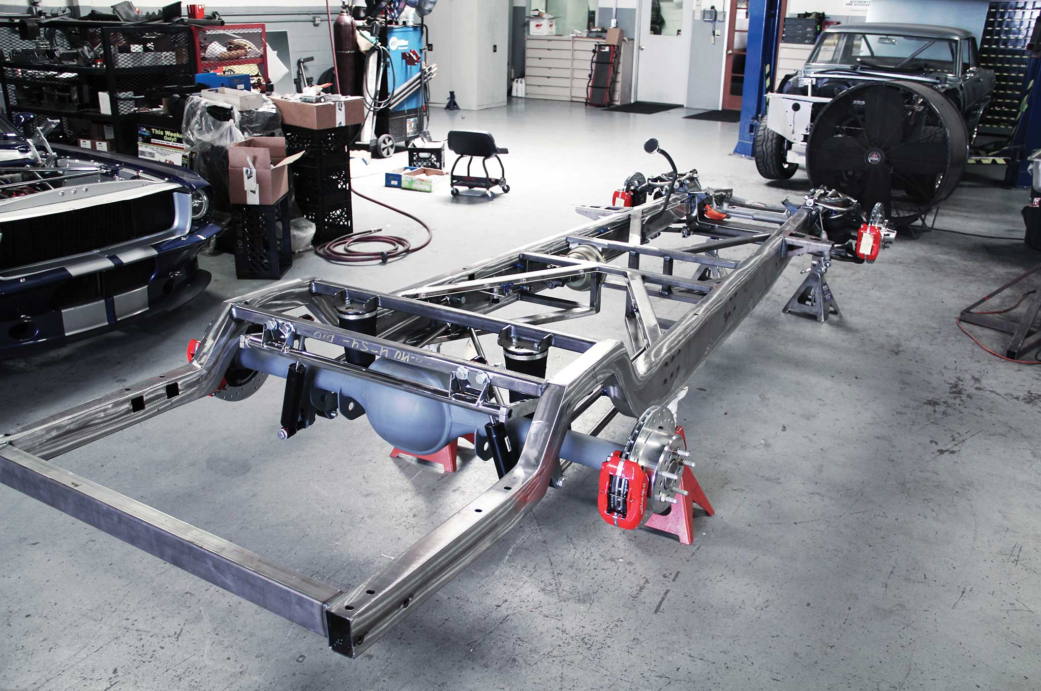 Assembling a TCI Chevy Truck Frame - Lowrider