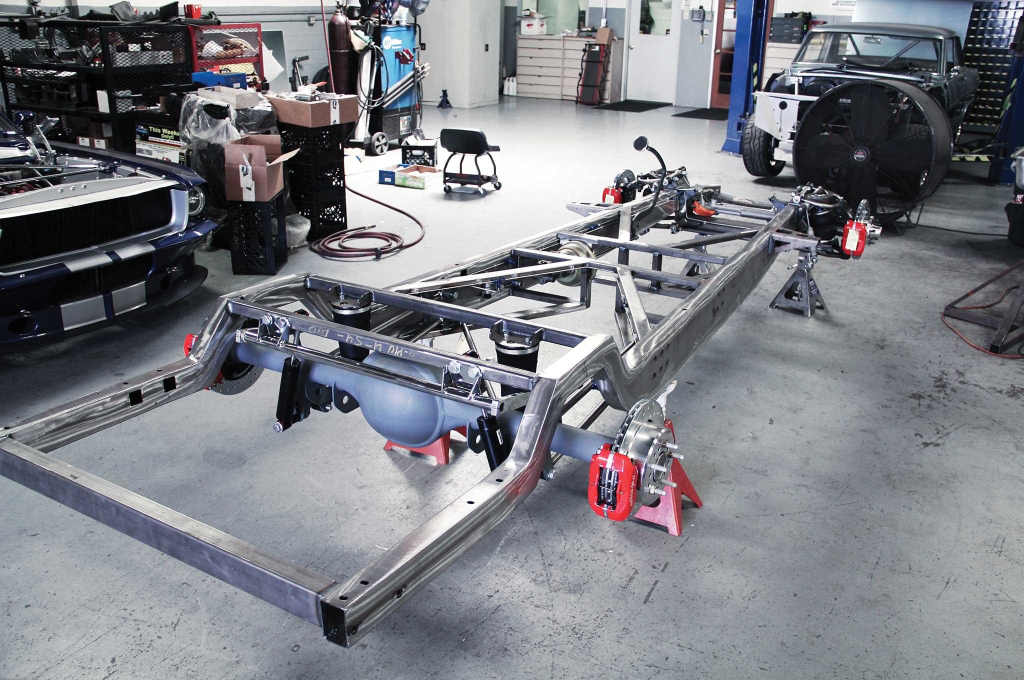 016 assembling a tci truck frame