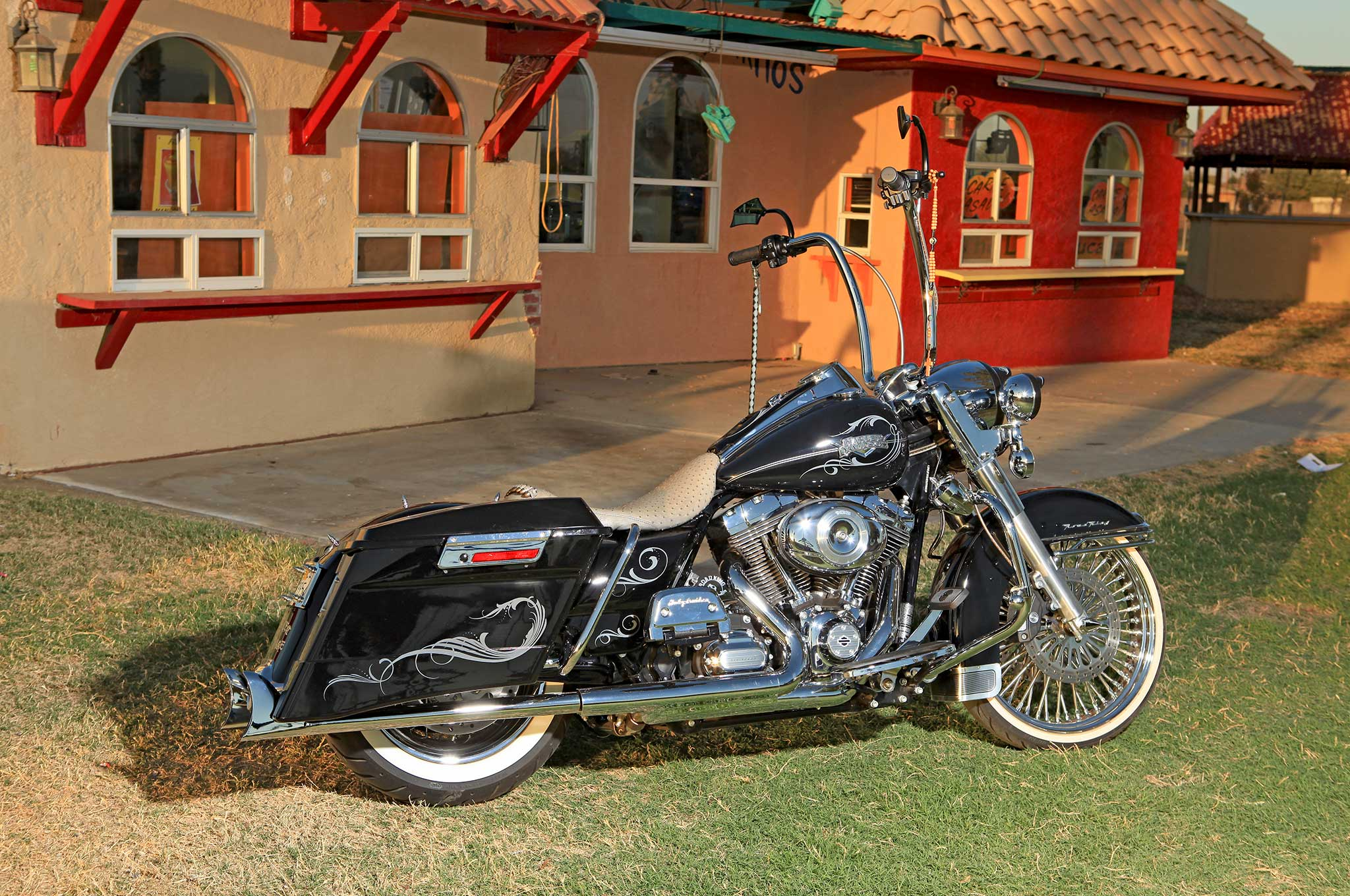 2012 Harley-Davidson Road King - Childhood Hero - Lowrider