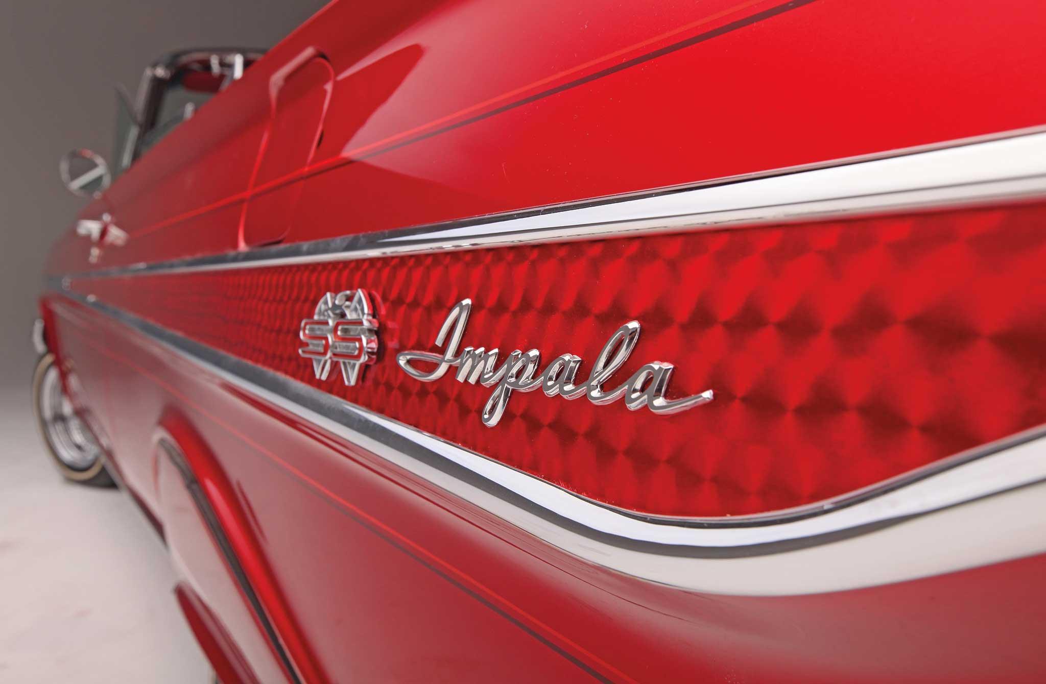 007 1961 chevrolet impala convertible impala quarter panel badge