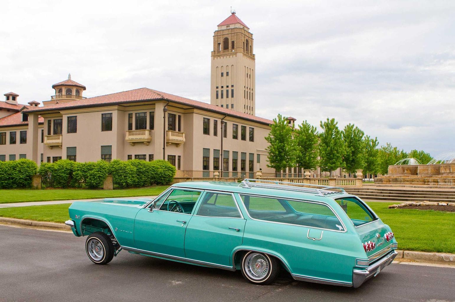 1965 chevrolet impala wagon driver side view 009