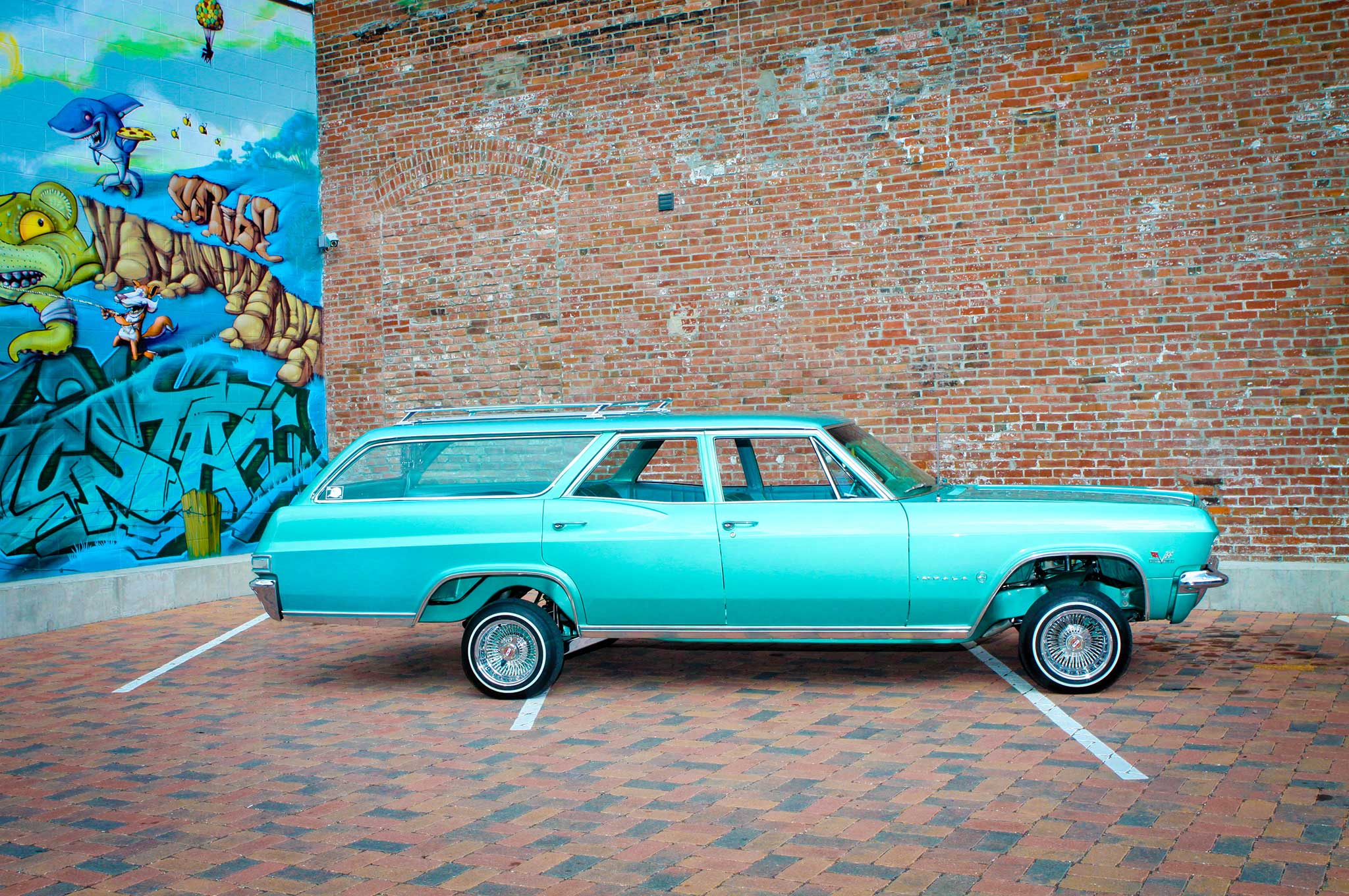 1965 Chevrolet Impala Wagon - Outside the Box - Lowrider