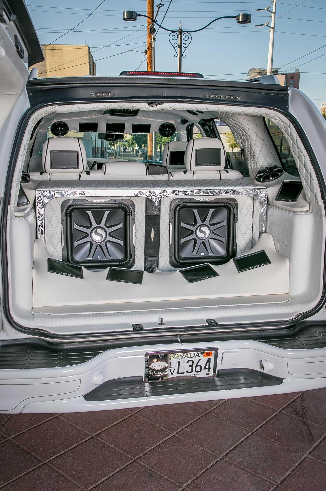 Chevrolet Tahoe Custom Cargo Area on 2018 Chevy Tahoe