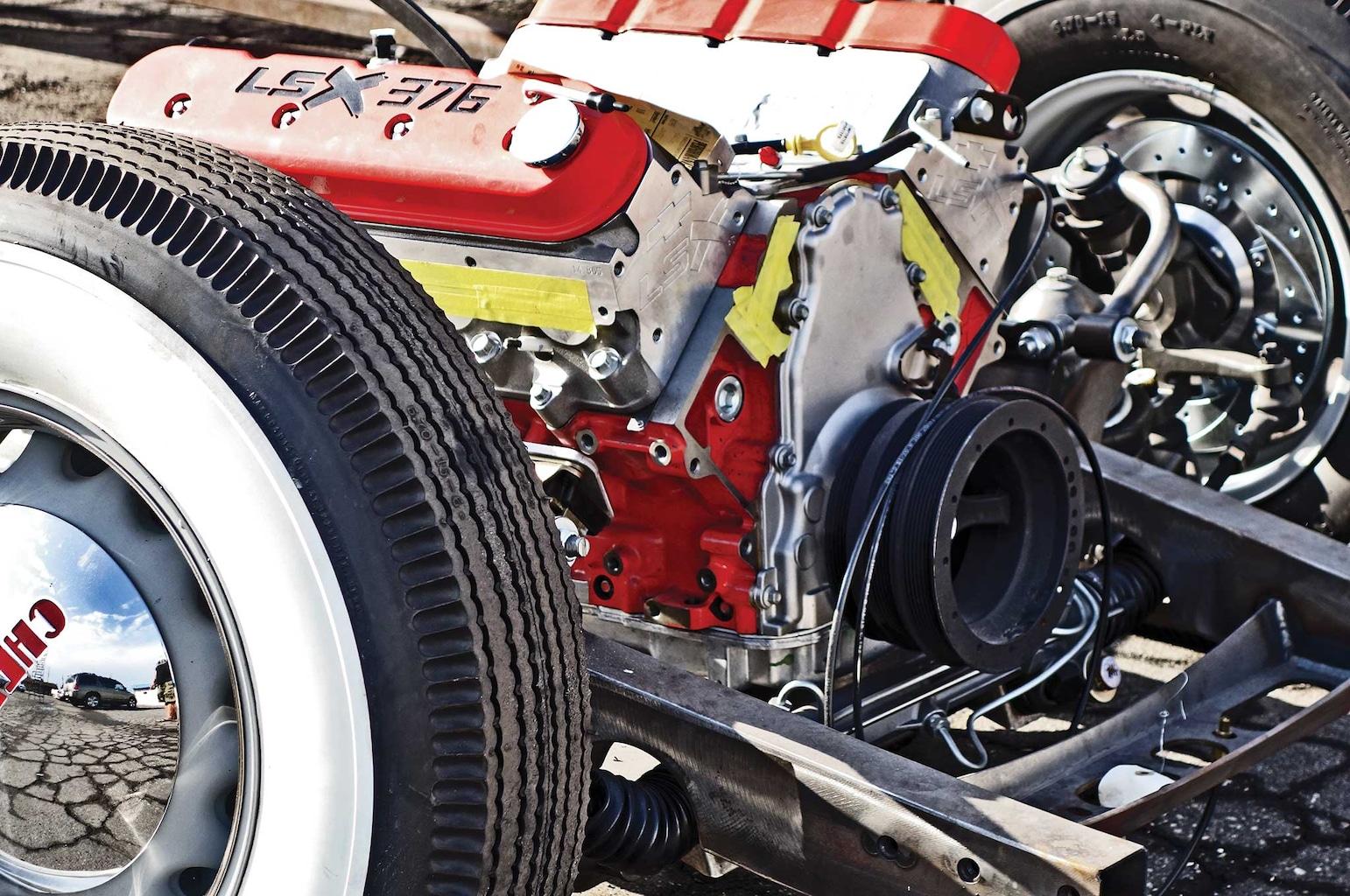 54 bomb truck drivetrain install lsx376 crate motor 004