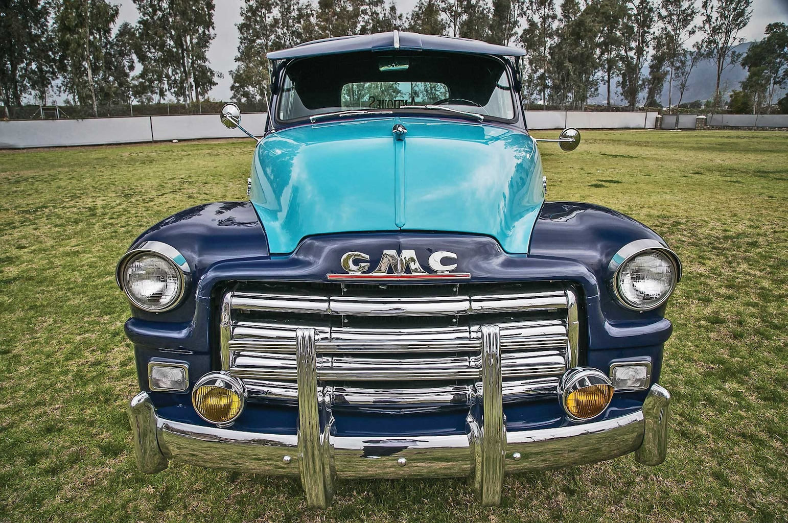 1954 gmc pickup front bumper 002