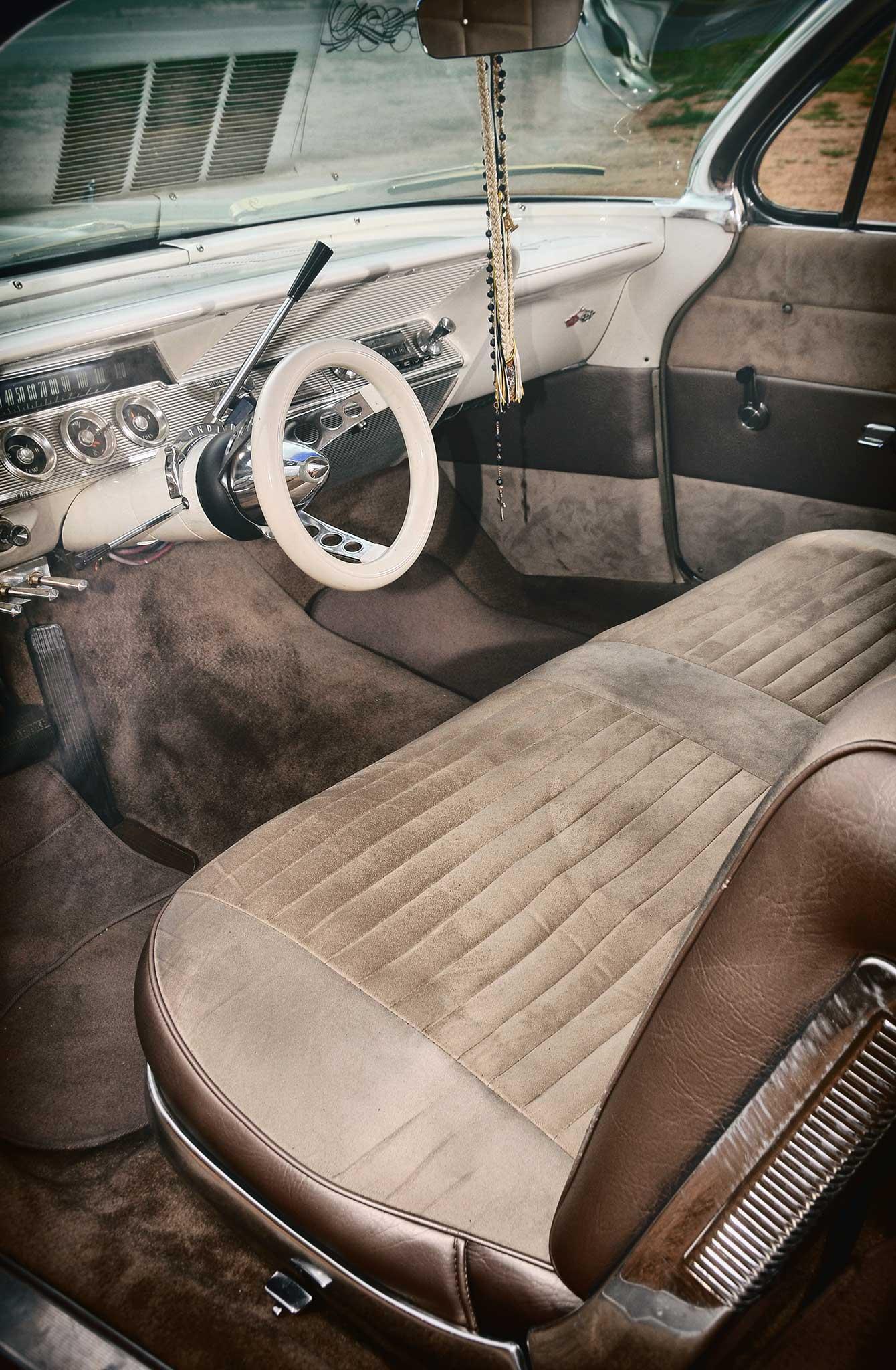 1961 chevrolet impala nos white donut steering wheel 014