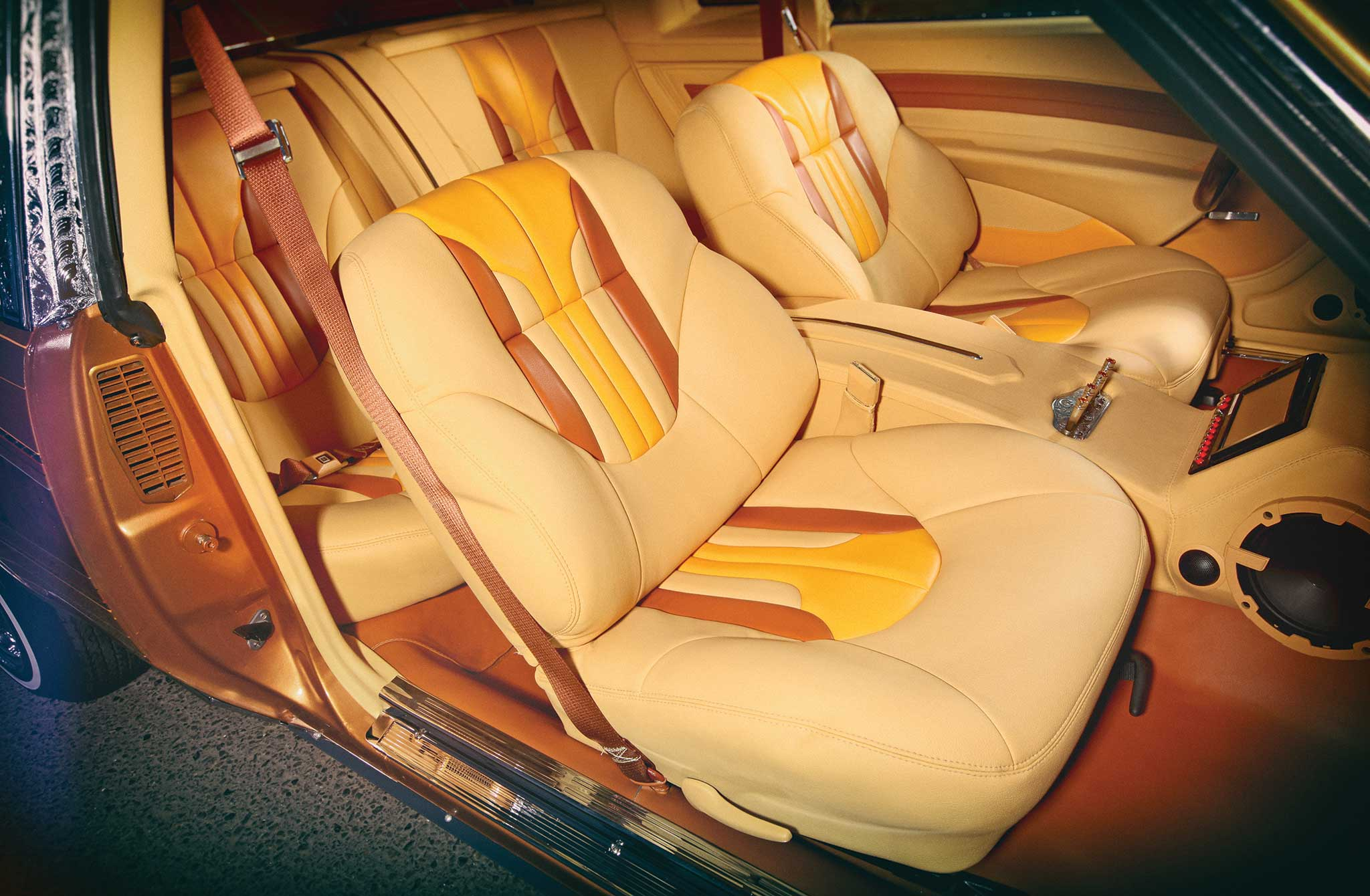 1986 buick regal ultraleather interior 004
