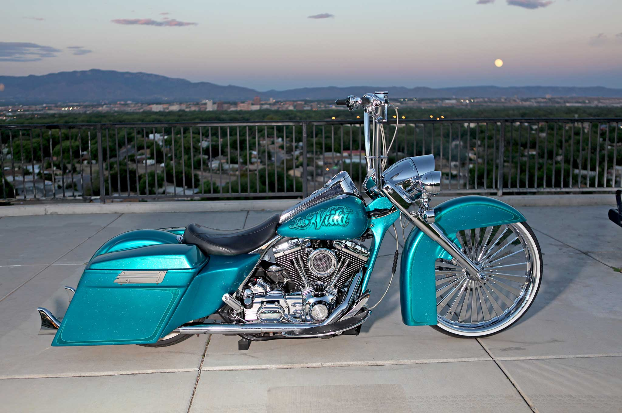 Harley St Jerome >> 2004 Harley Davidson Road King - King of the Road - Lowrider