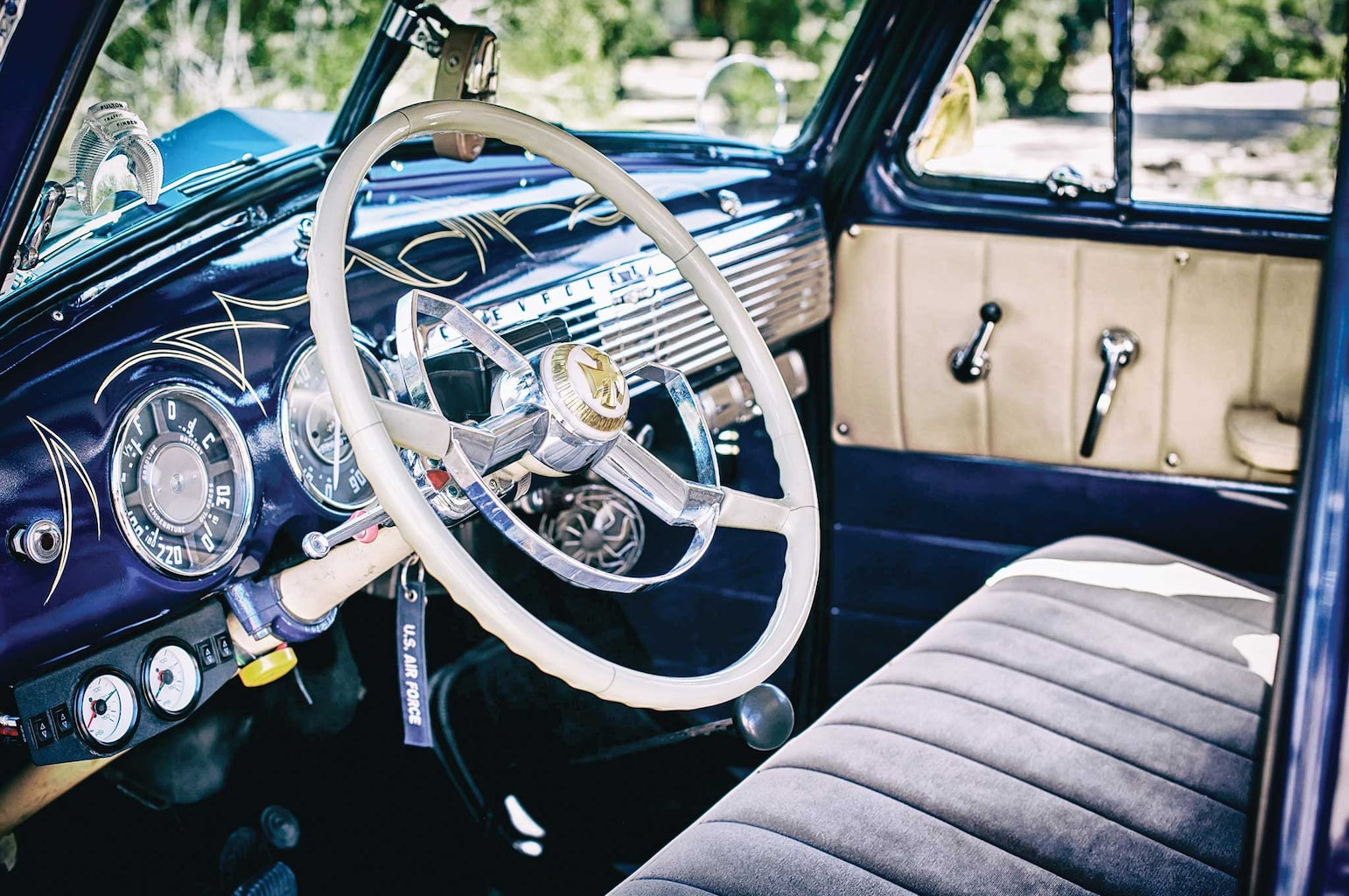 1953 chevrolet 235 steering wheel 003