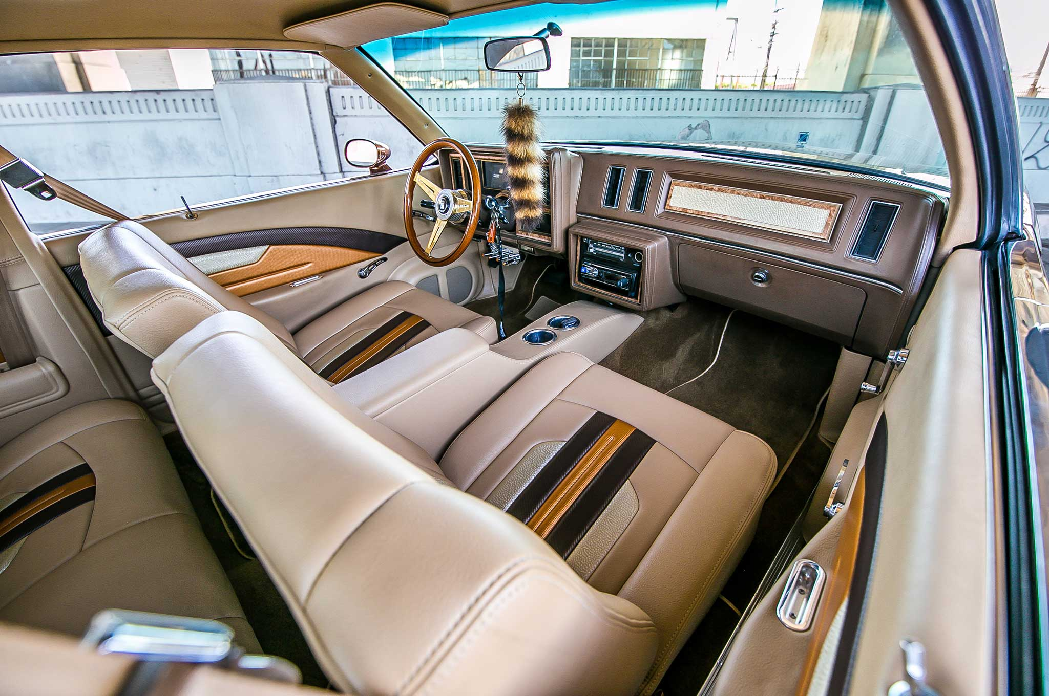 Buick Regal Sandcastle Brown Leather Interior on 2018 Buick Lesabre