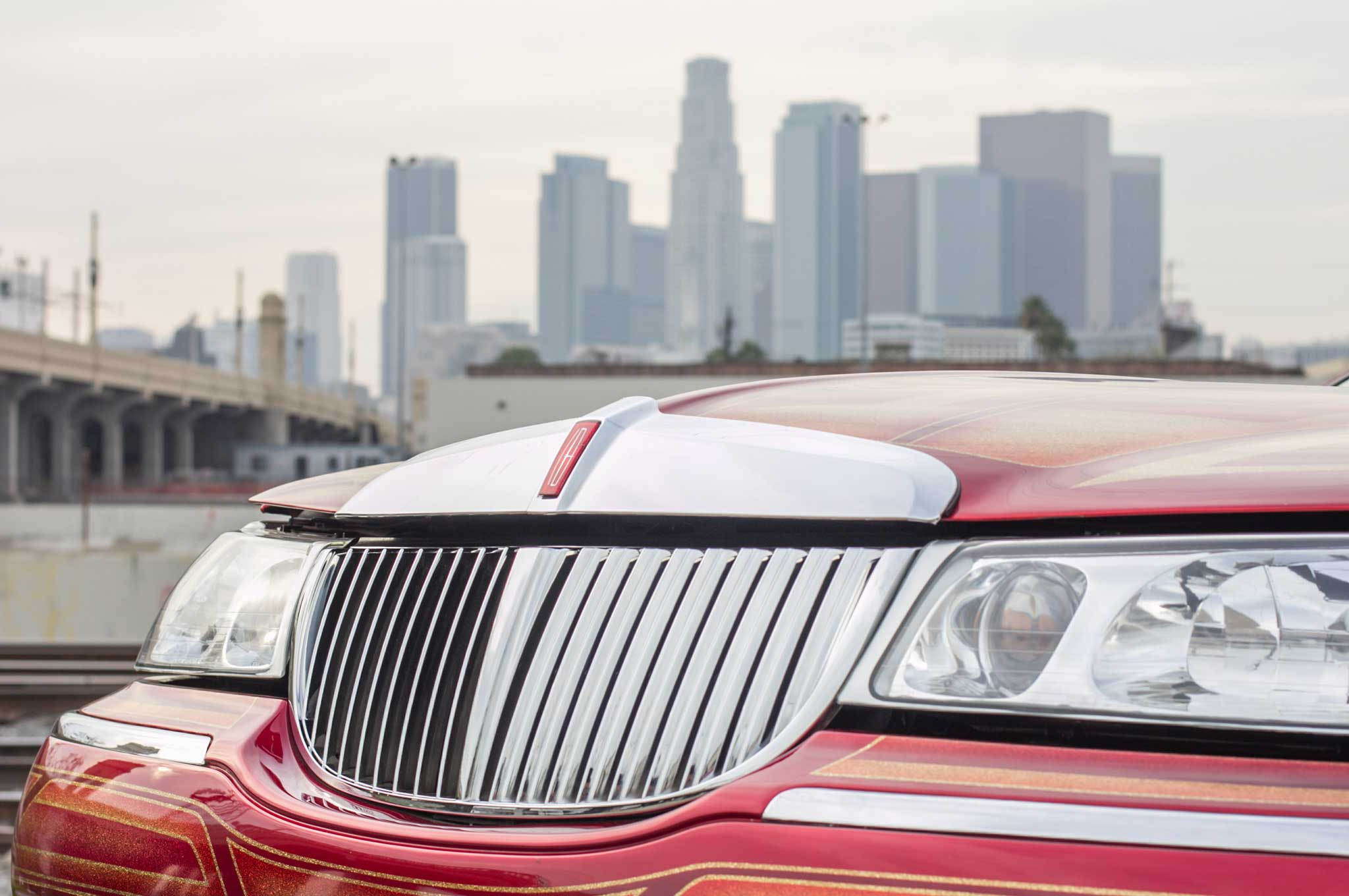 2000 Lincoln Town Car Front Grill 019 Lowrider