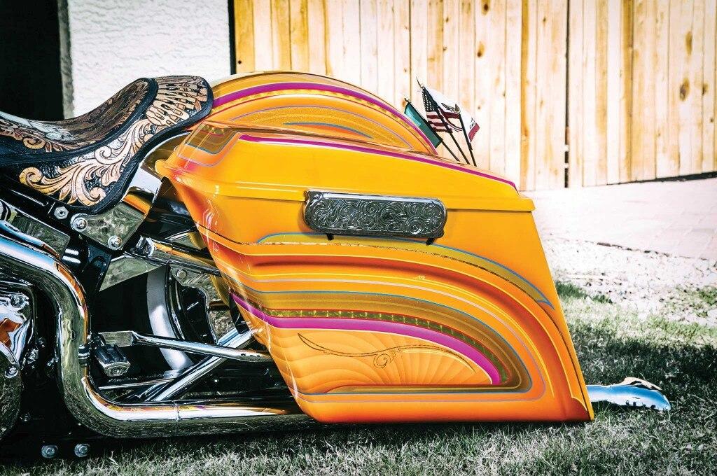 2004 harley davidson fat boy saddle bag 005