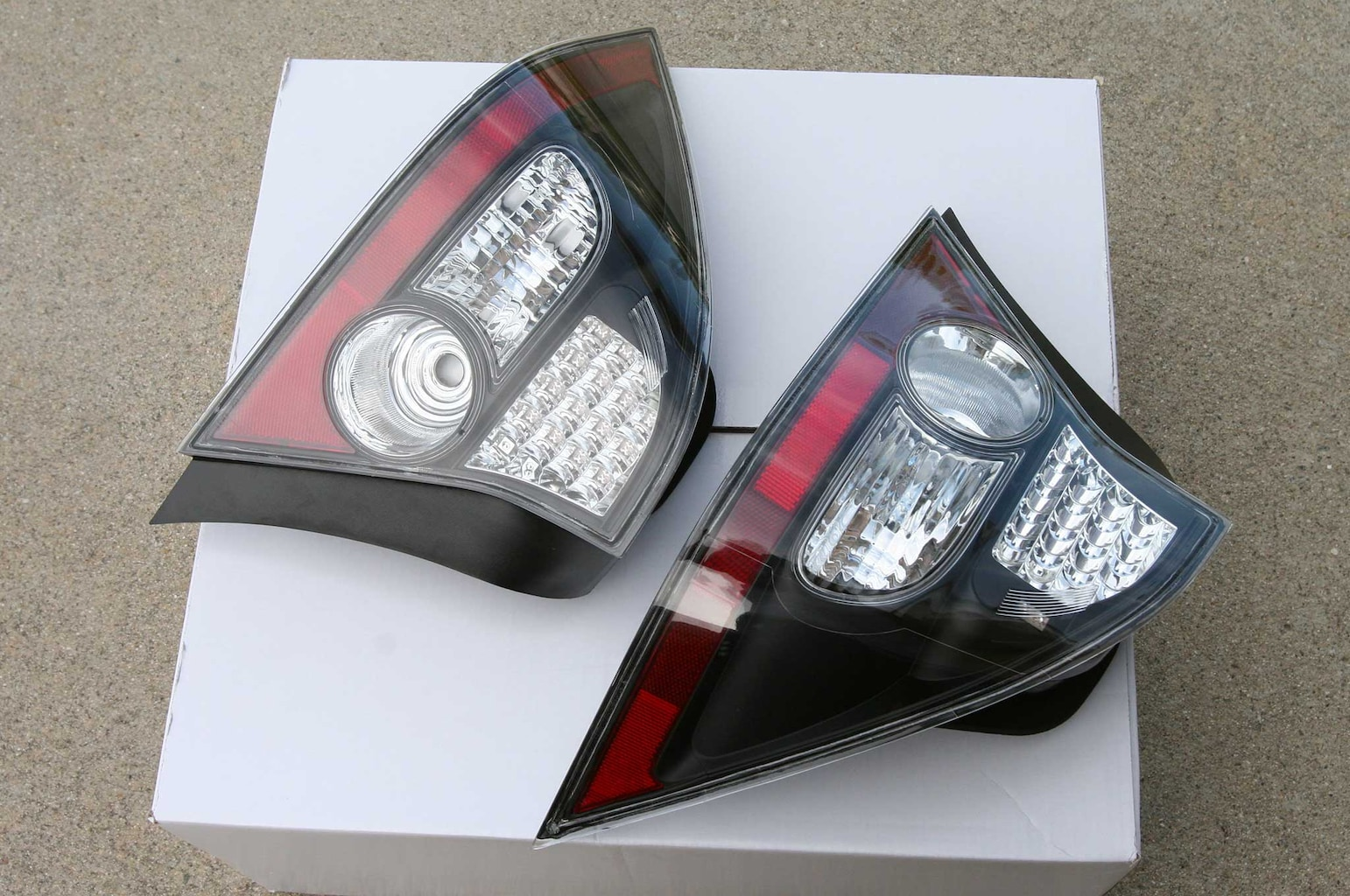 anzo taillights install 004