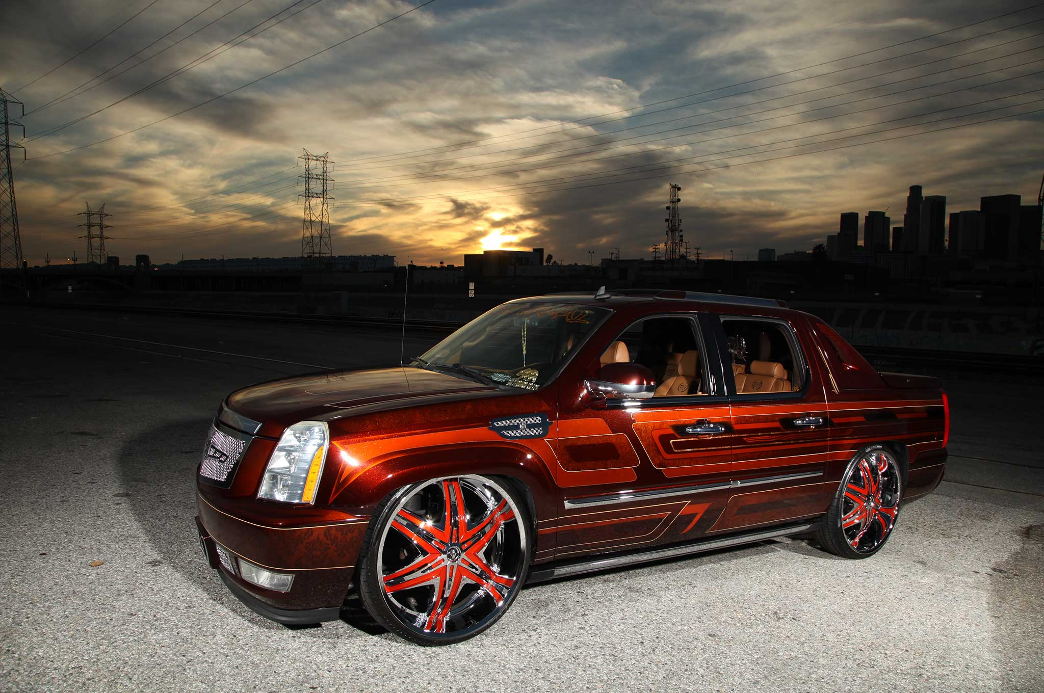 Cadillac Escalade Ext >> A 2008 Cadillac Escalade EXT on Diablo Wheels - Lowrider