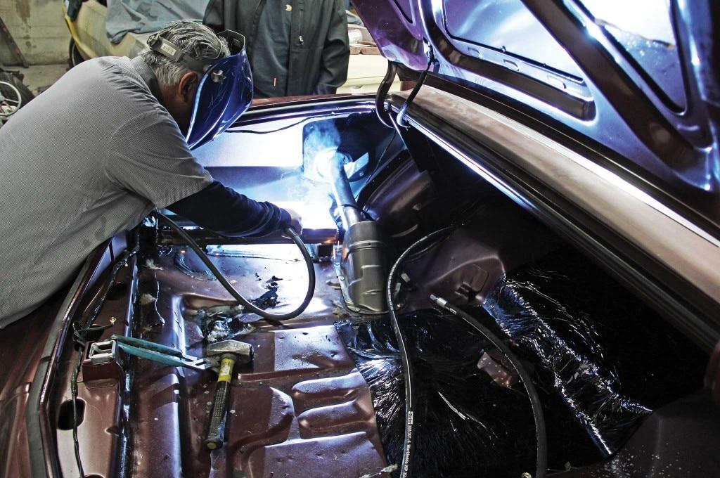 79 lincoln continental mark v hydraulics install battery rack installation 017