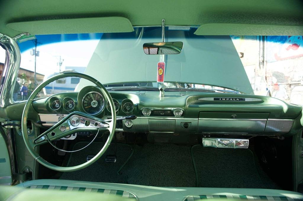1959 chevrolet impala dash