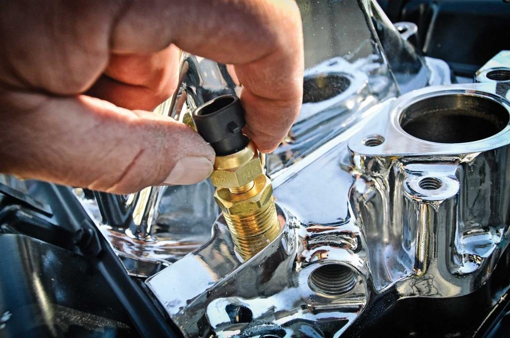 61 impala dakota digital gauge led taillight install water temperature sensor and oil pressure sending unit 008