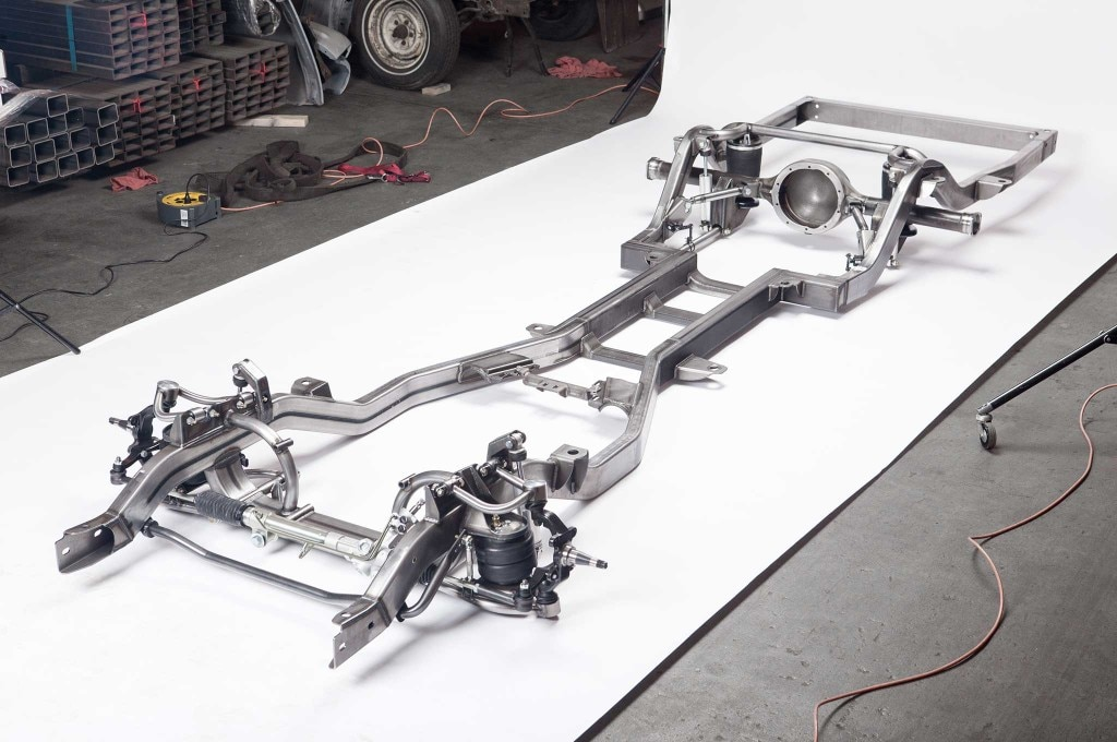 classic car on a rodded out chassis and suspension ame chassis 014