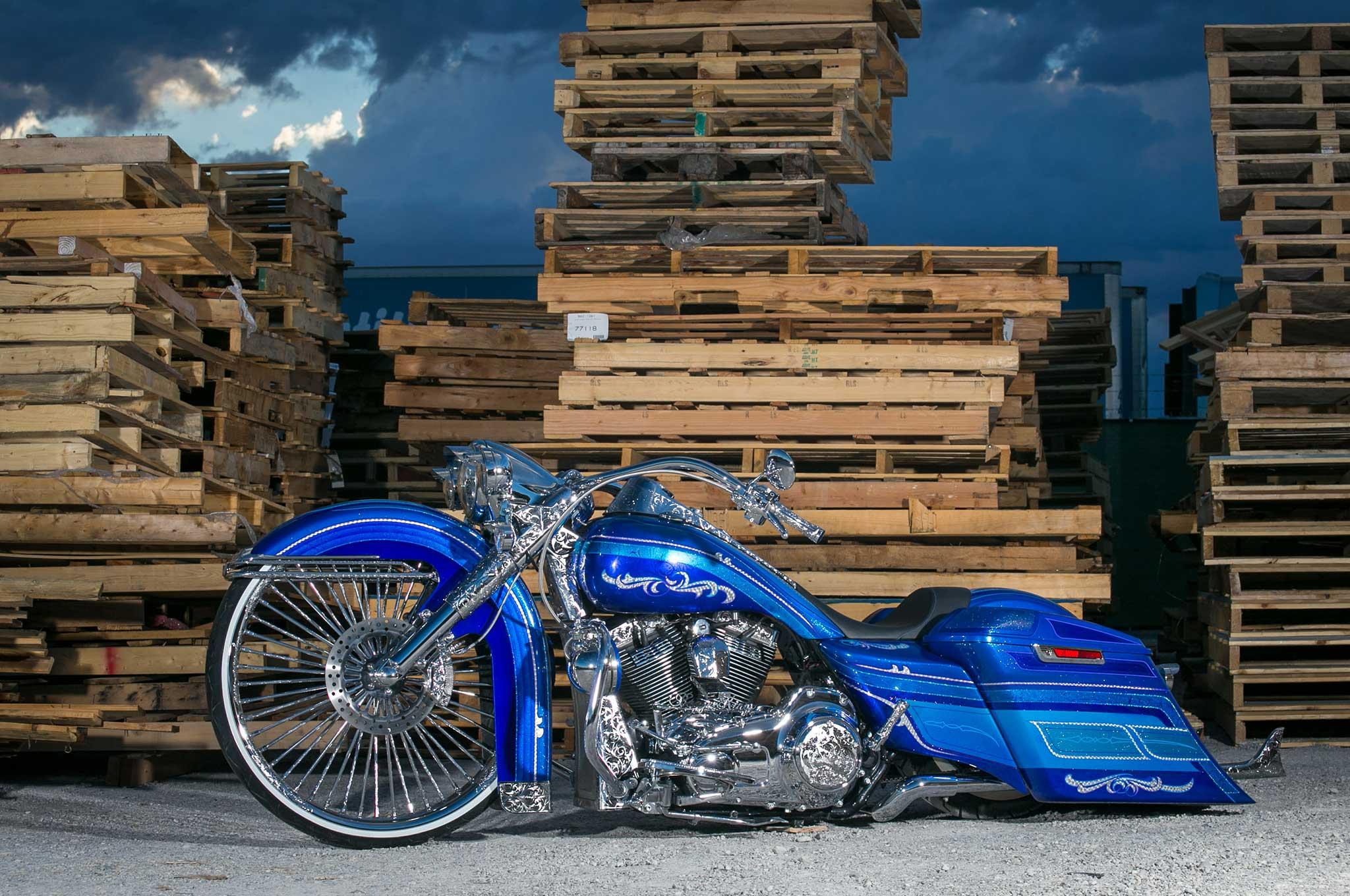 2014 Harley Davidson Road King Show Winner