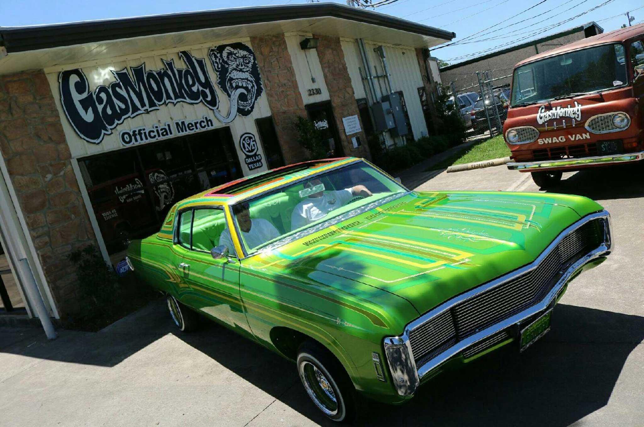 Coast To Coast Chevrolet Impala Miami Lowrider Super Show Gas - Gas monkey car show
