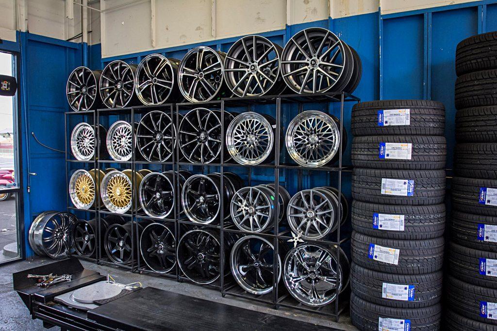 payless tire shop wheels