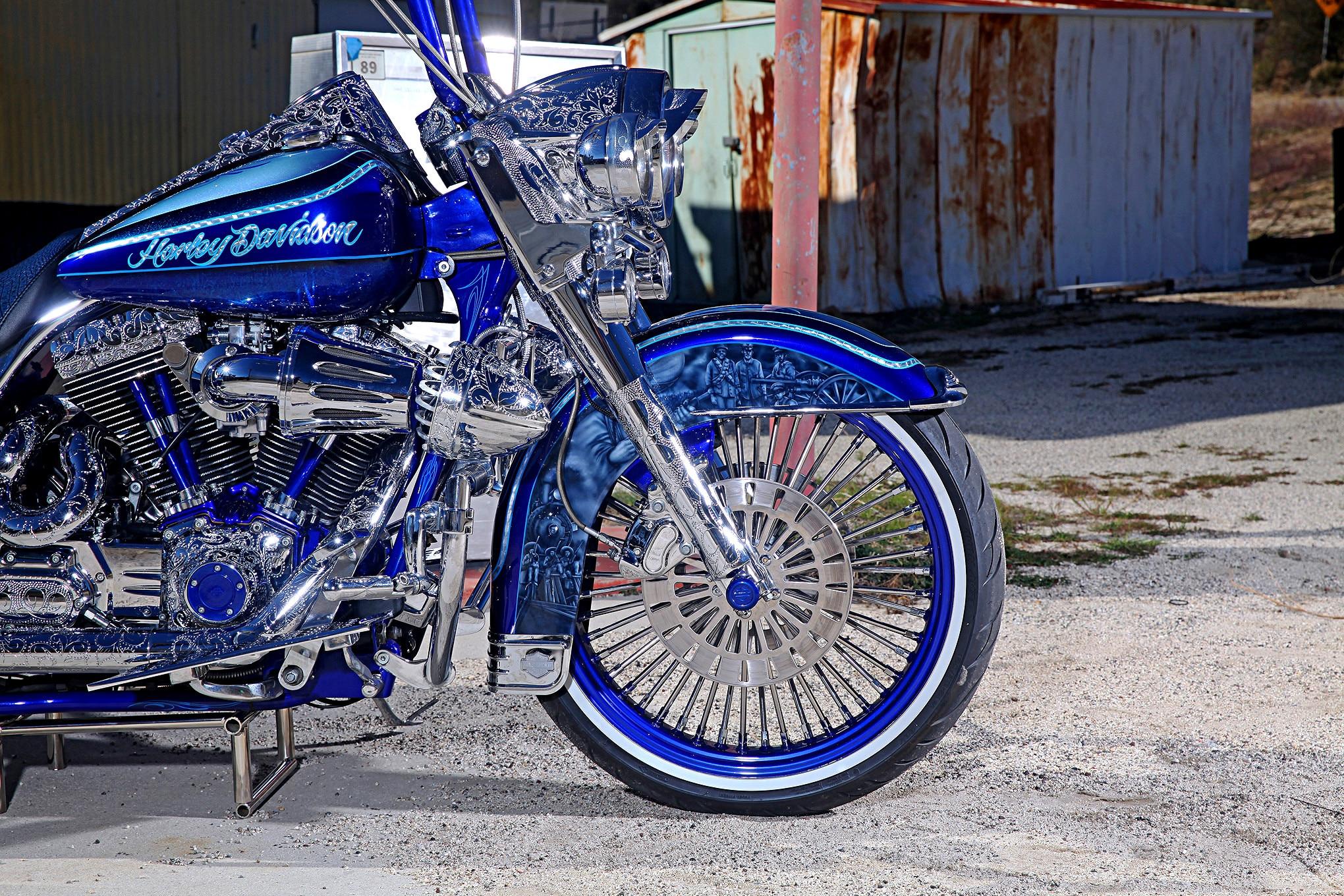 Harley Davidson Road King Mag Wheels