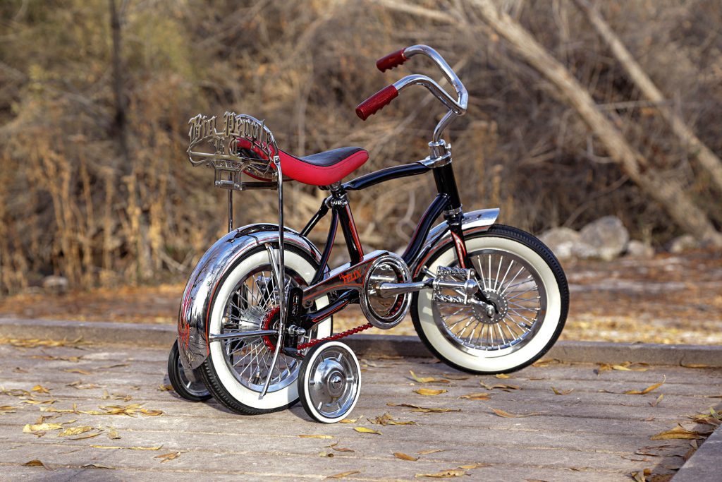 schwinn lil tigers black bike side rear view