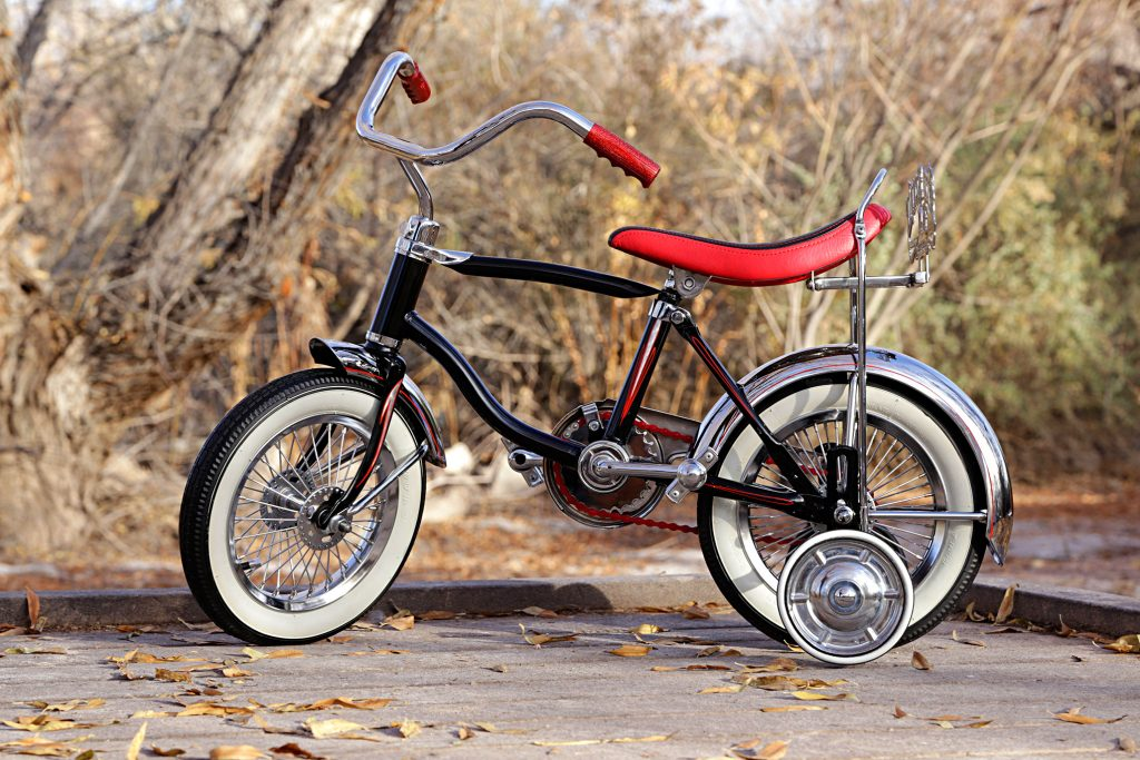 schwinn lil tigers black bike side view