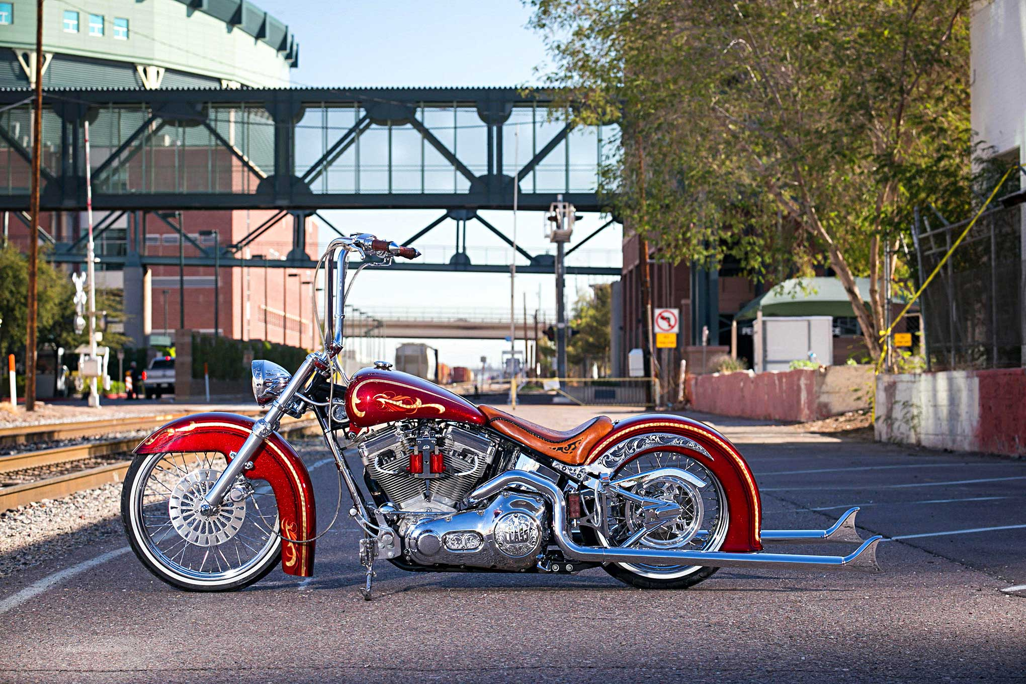 Harley St Jerome >> Building a 2002 HD Softail into the Ultimate Vicla