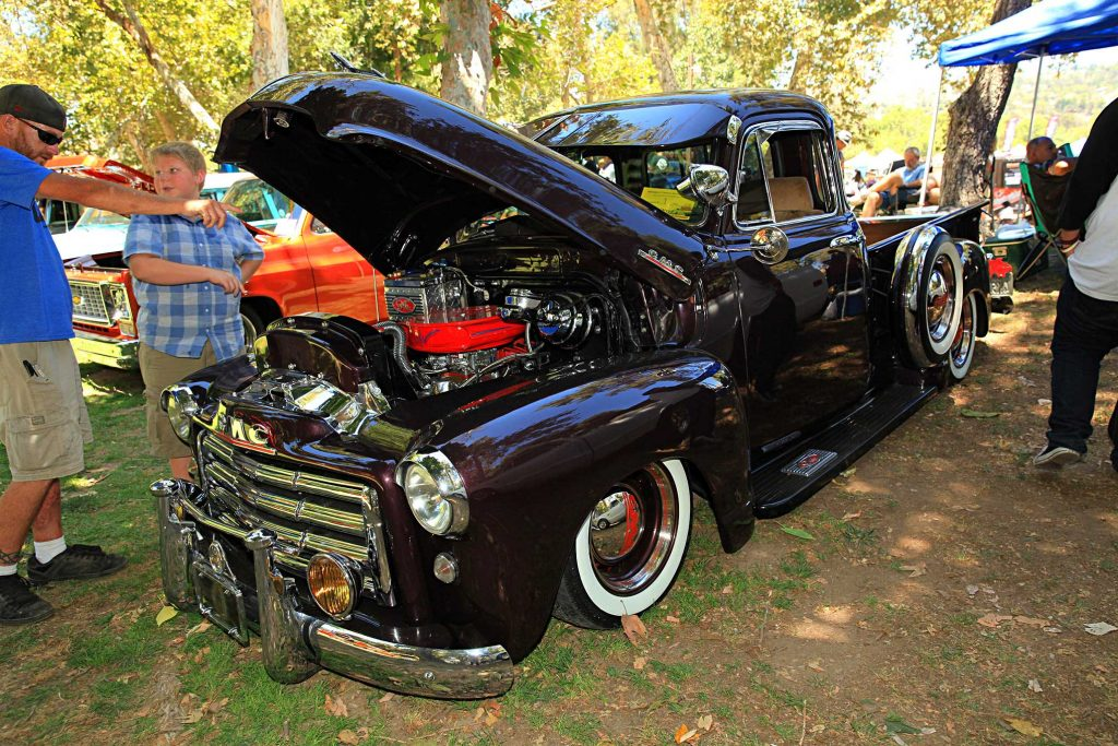 2016 brothers truck show laid 3100