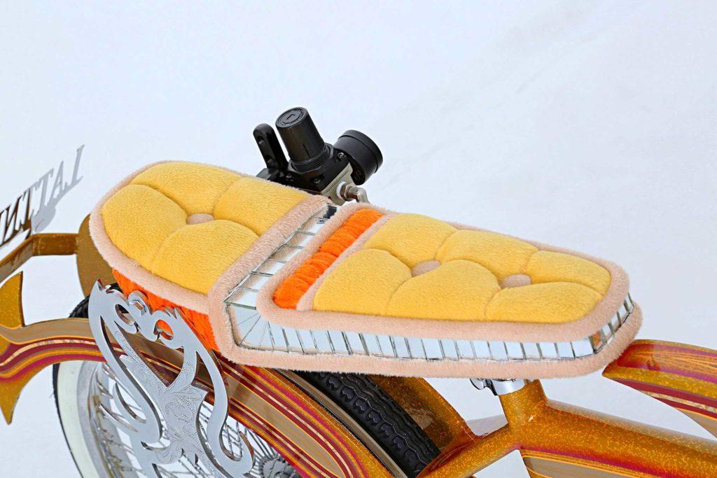 1970 custom schwinn bmx tuck and roll seat