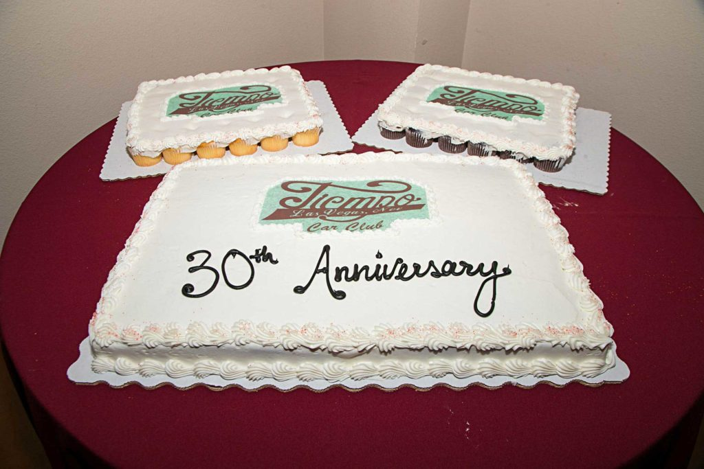 tiempo car club 30th anniversary cake