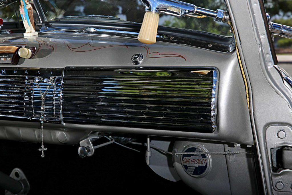 1953 chevrolet 3100 dash glove box