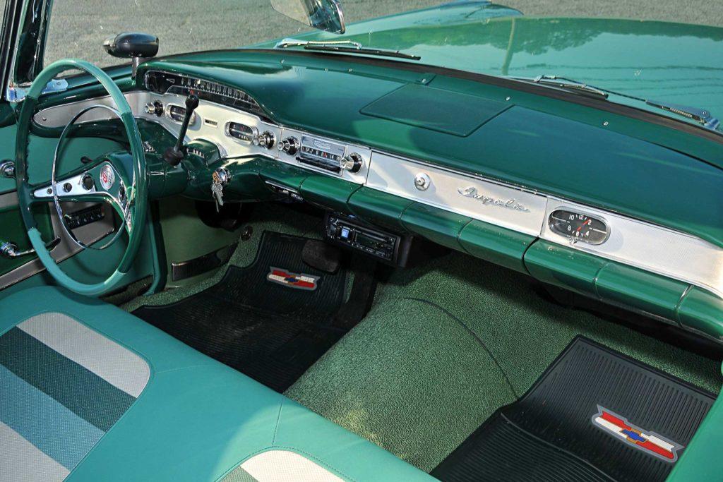1958 chevrolet impala dash