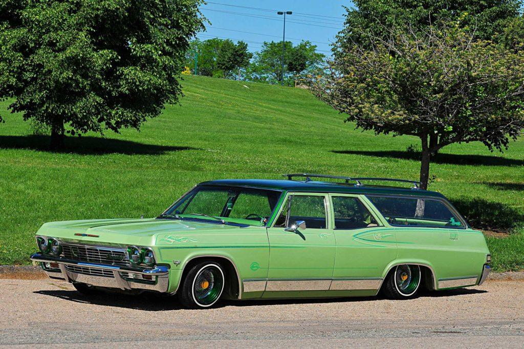 1965 chevrolet impala wagon slammed